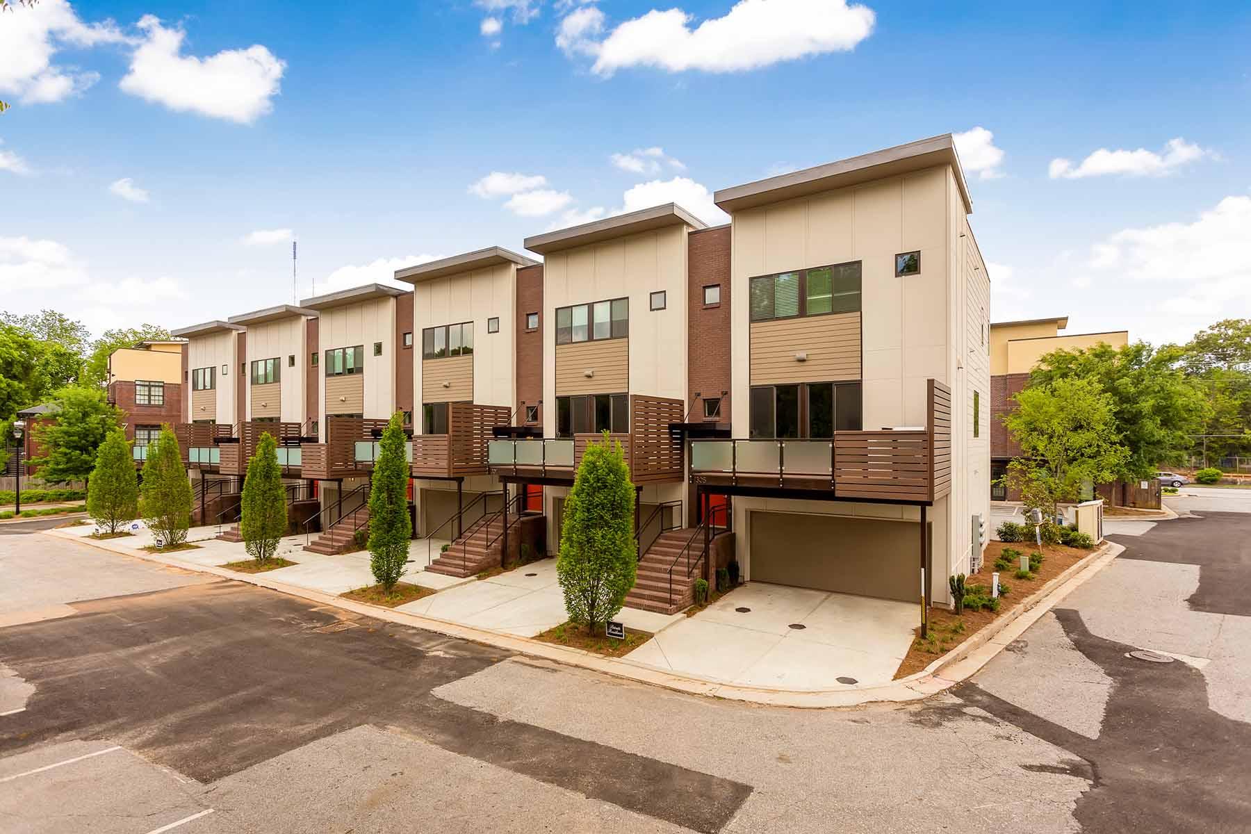 Maison de Ville pour l Vente à Contemporary Candler Park Townhome! 1300 Dekalb Avenue NE No. 1309 Atlanta, Georgia 30307 États-Unis