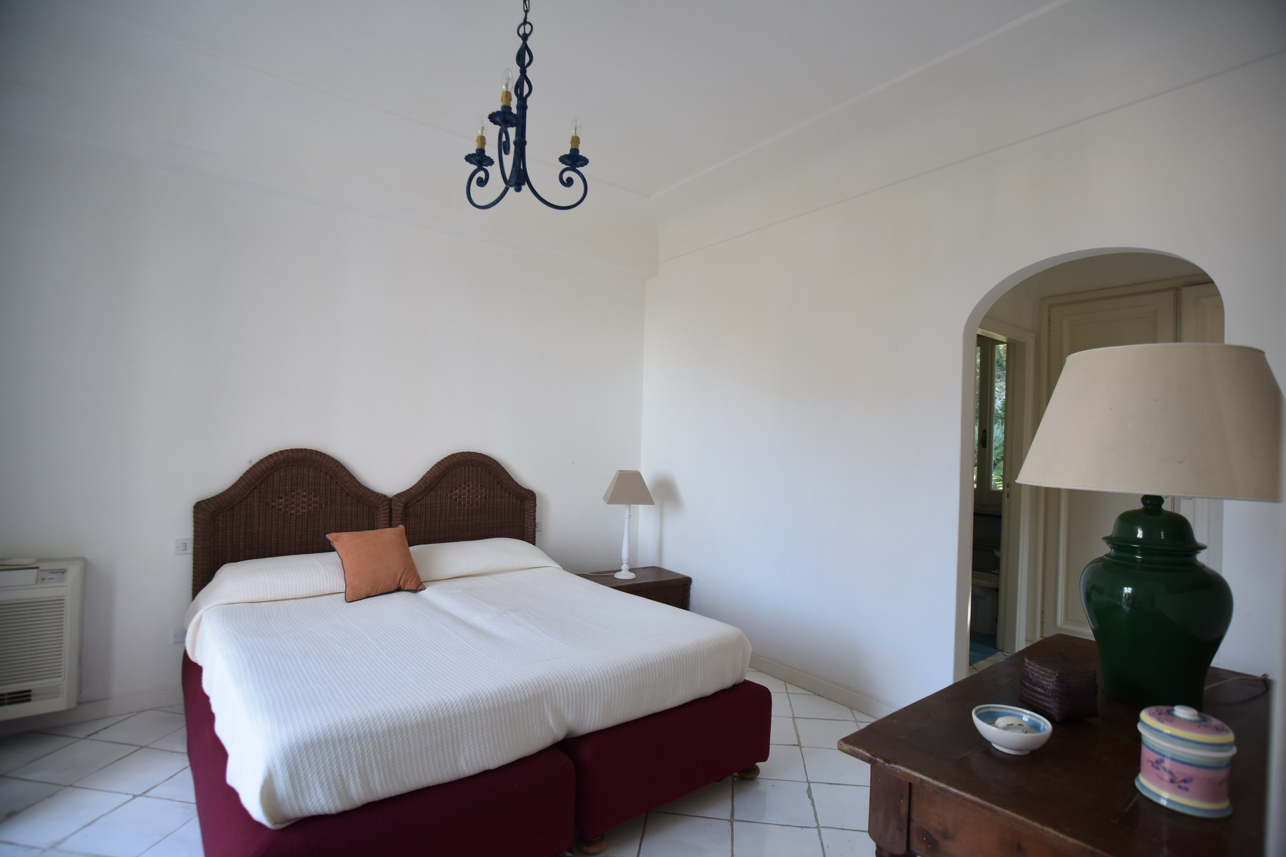 Additional photo for property listing at Magnificent panoramic villa Capri, Naples Italia