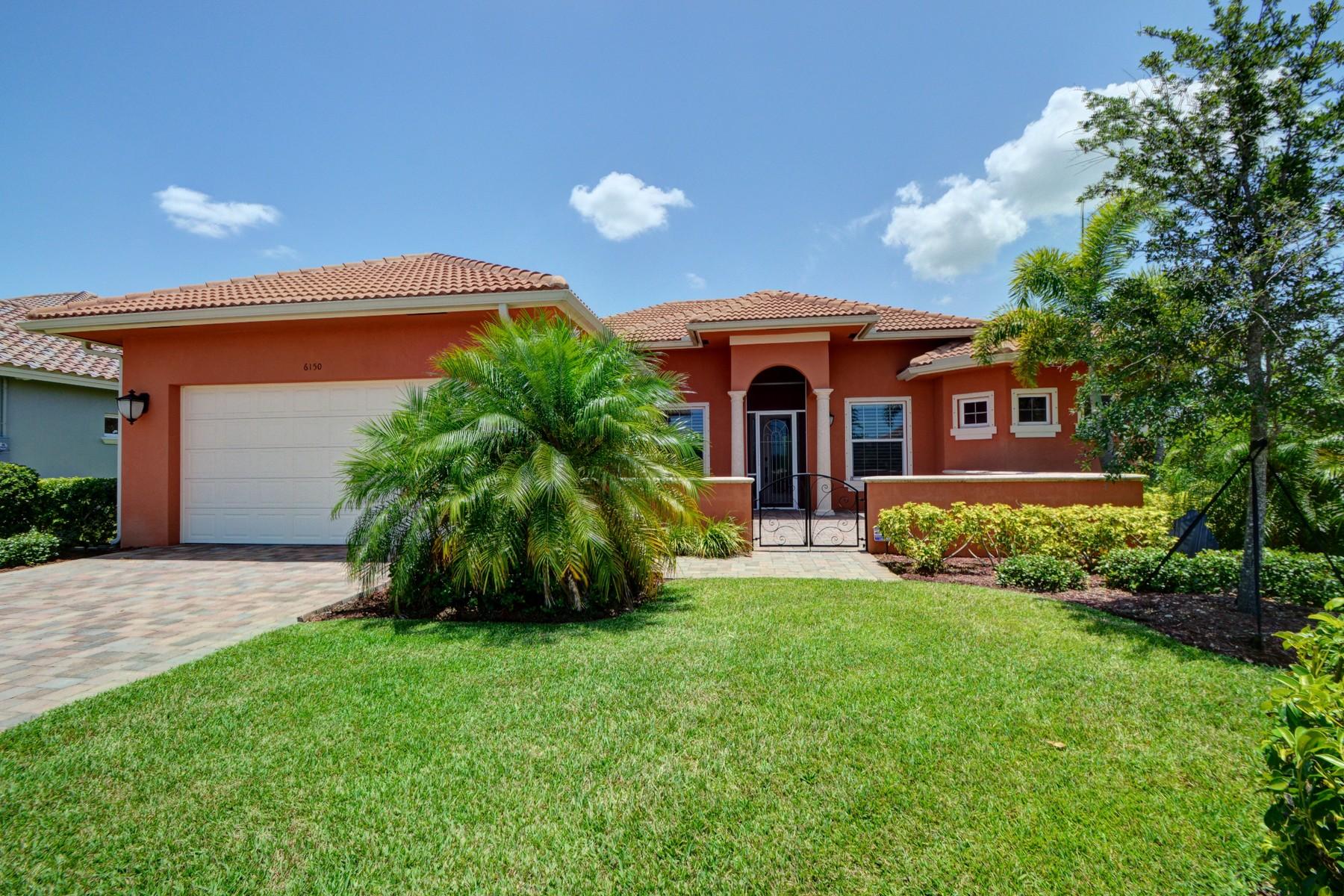 Casa Unifamiliar por un Venta en St home in Eagle Trace 6150 55th Avenue Vero Beach, Florida 32967 Estados Unidos