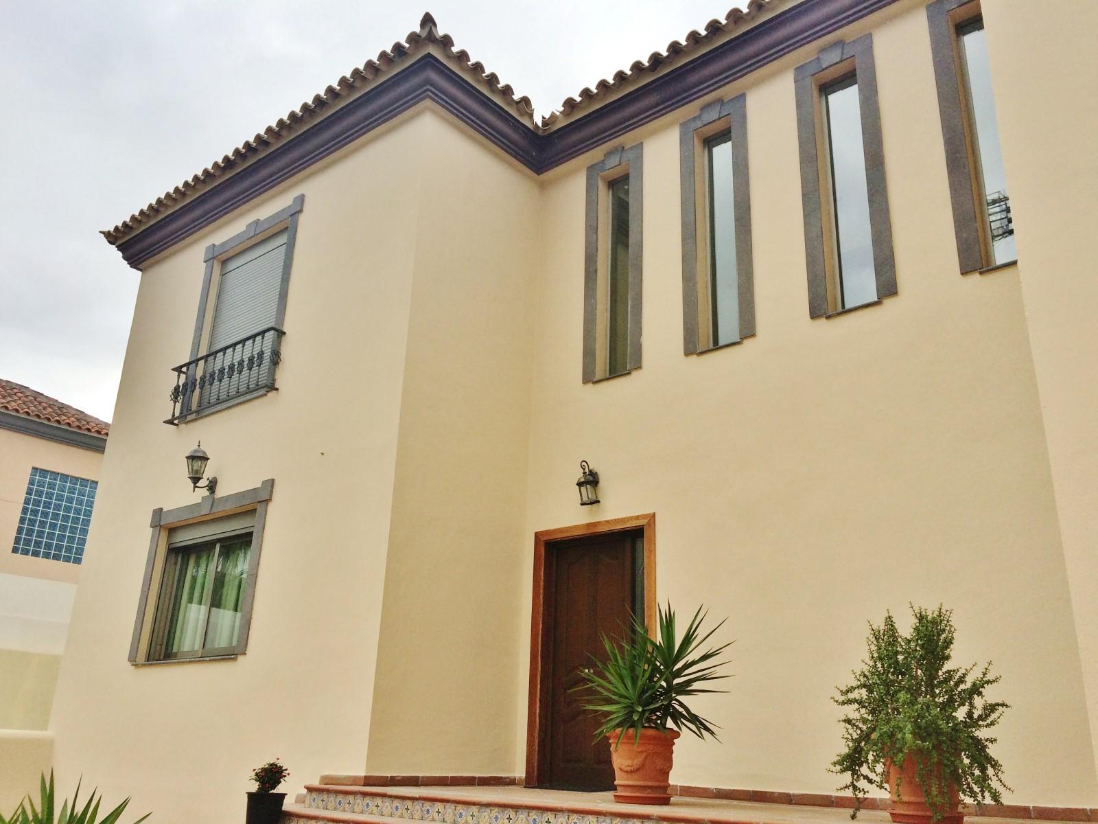 Tek Ailelik Ev için Satış at Villa Adeje Avenida del Poniente Costa Adeje, Tenerife Canary Islands 38660 Ispanya