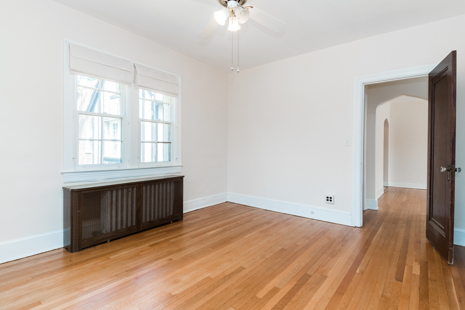 Additional photo for property listing at 250 Farragut Street Nw 203, Washington  Washington, Distretto Di Columbia 20011 Stati Uniti