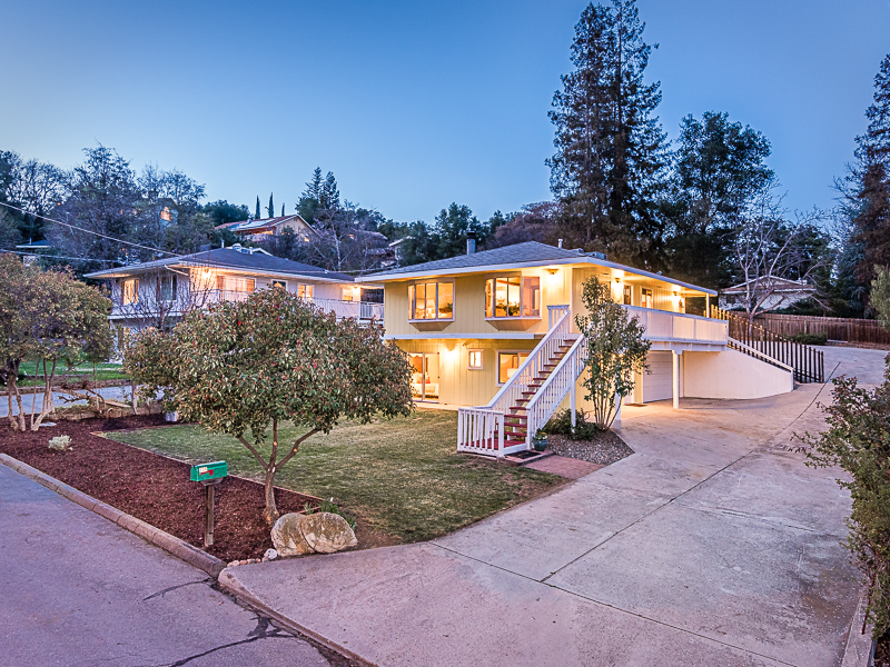 Single Family Home for Sale at Location... Location... Location!!! 336 Willhoit Lane Templeton, California, 93465 United States