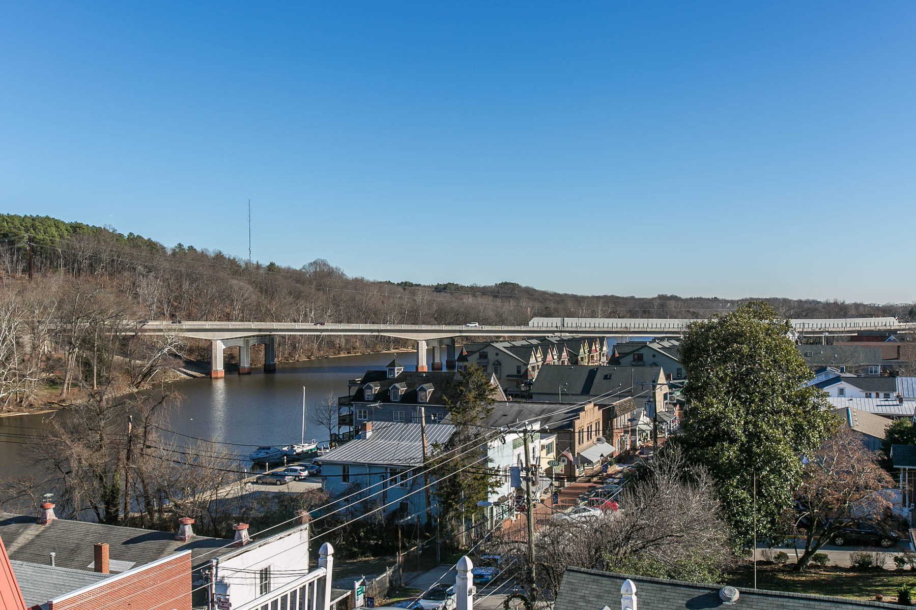 Additional photo for property listing at 416 Mill, Occoquan 416 Mill St Occoquan, Virginia 22125 Estados Unidos