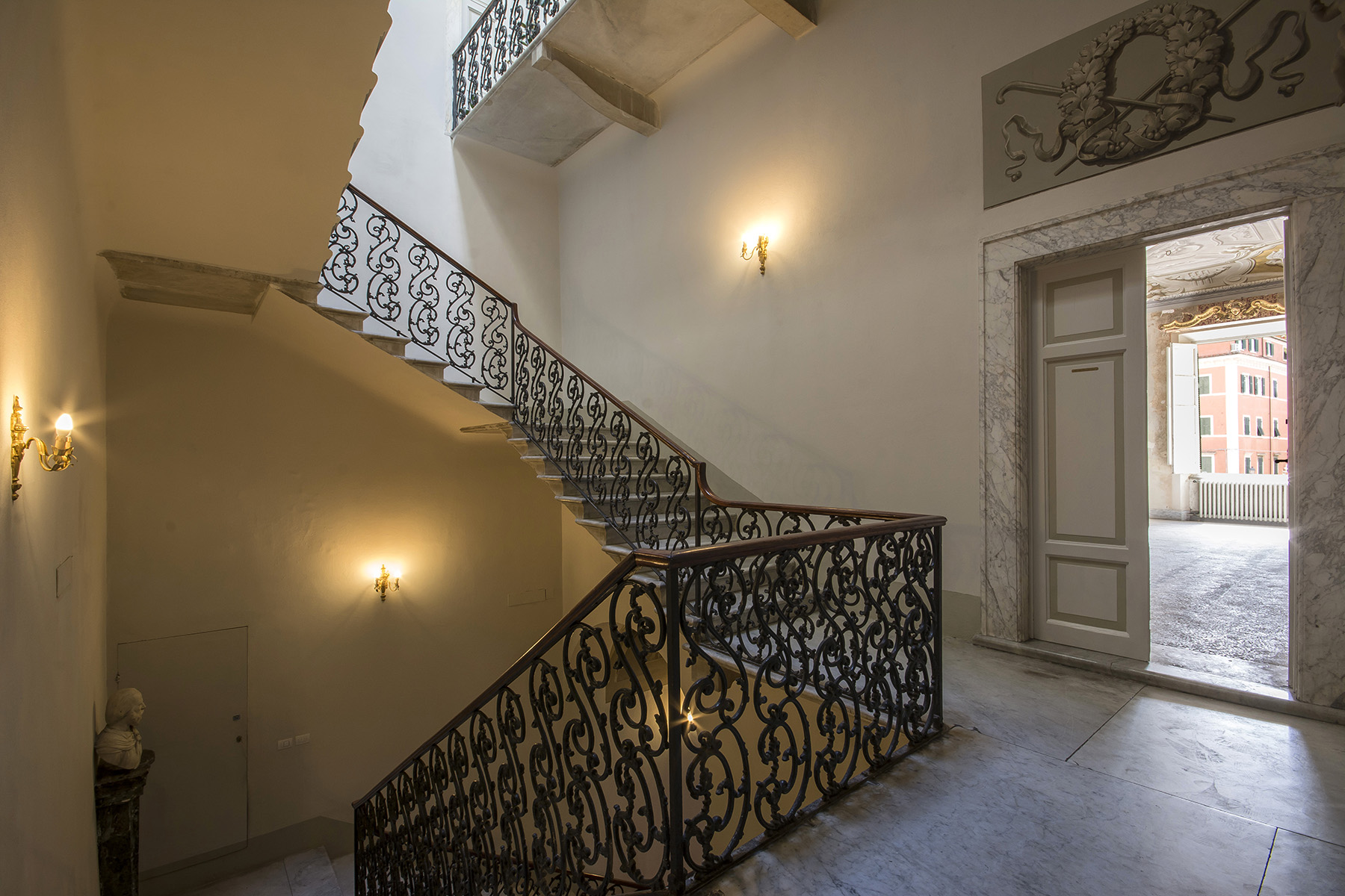 Additional photo for property listing at Magnificent Renaissance Palazzo in the center of Carrara Carrara, Massa Carrara Italien