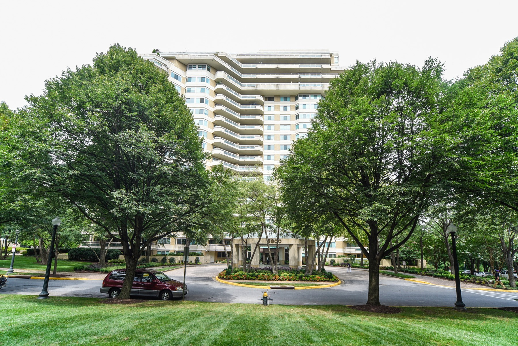 Condominium for Sale at 5600 Wisconsin Avenue 1-1604, Chevy Chase 5600 Wisconsin Ave 1-1604 Chevy Chase, Maryland 20815 United States