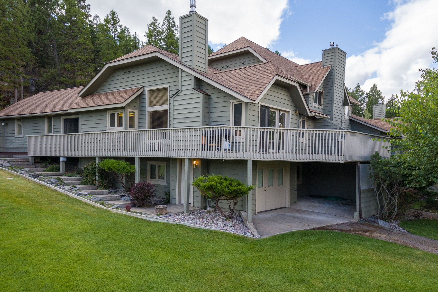 Single Family Home for Sale at Eagle Bend Townhouse 23 Golf Terrace Bigfork, Montana, 59911 United States