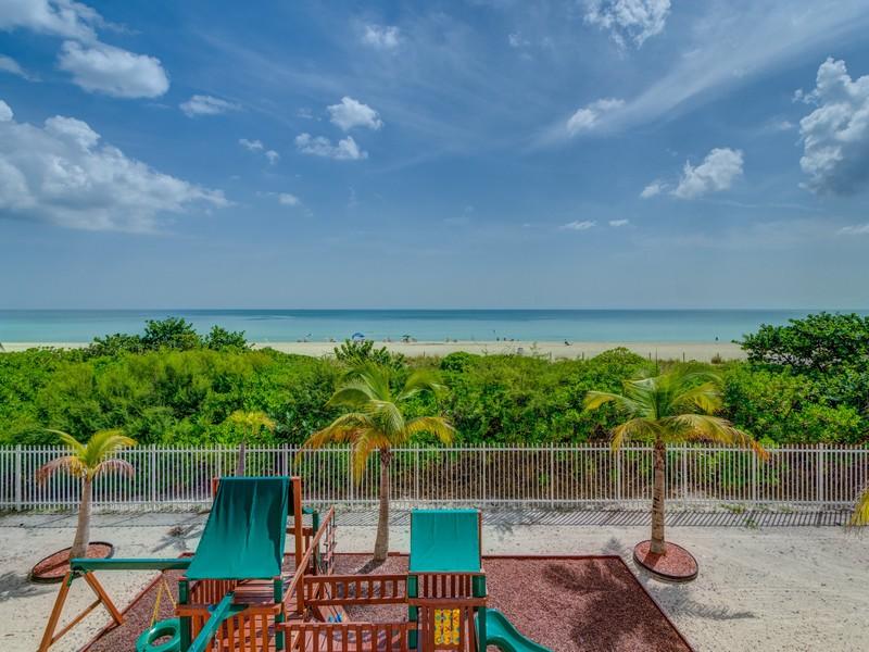 Condomínio para Venda às 6039 Collins Ave PH19 Miami Beach, Florida 33140 Estados Unidos