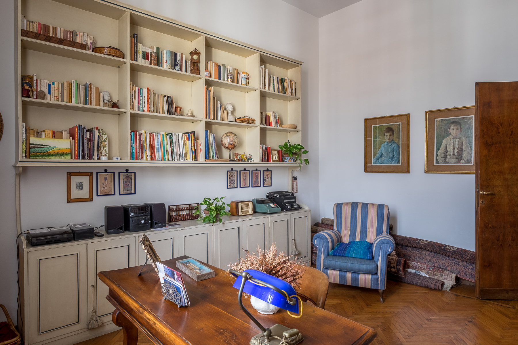 Additional photo for property listing at Penthouse close to the American Consulate Via del Solferino Firenze, Florence 50100 Italia
