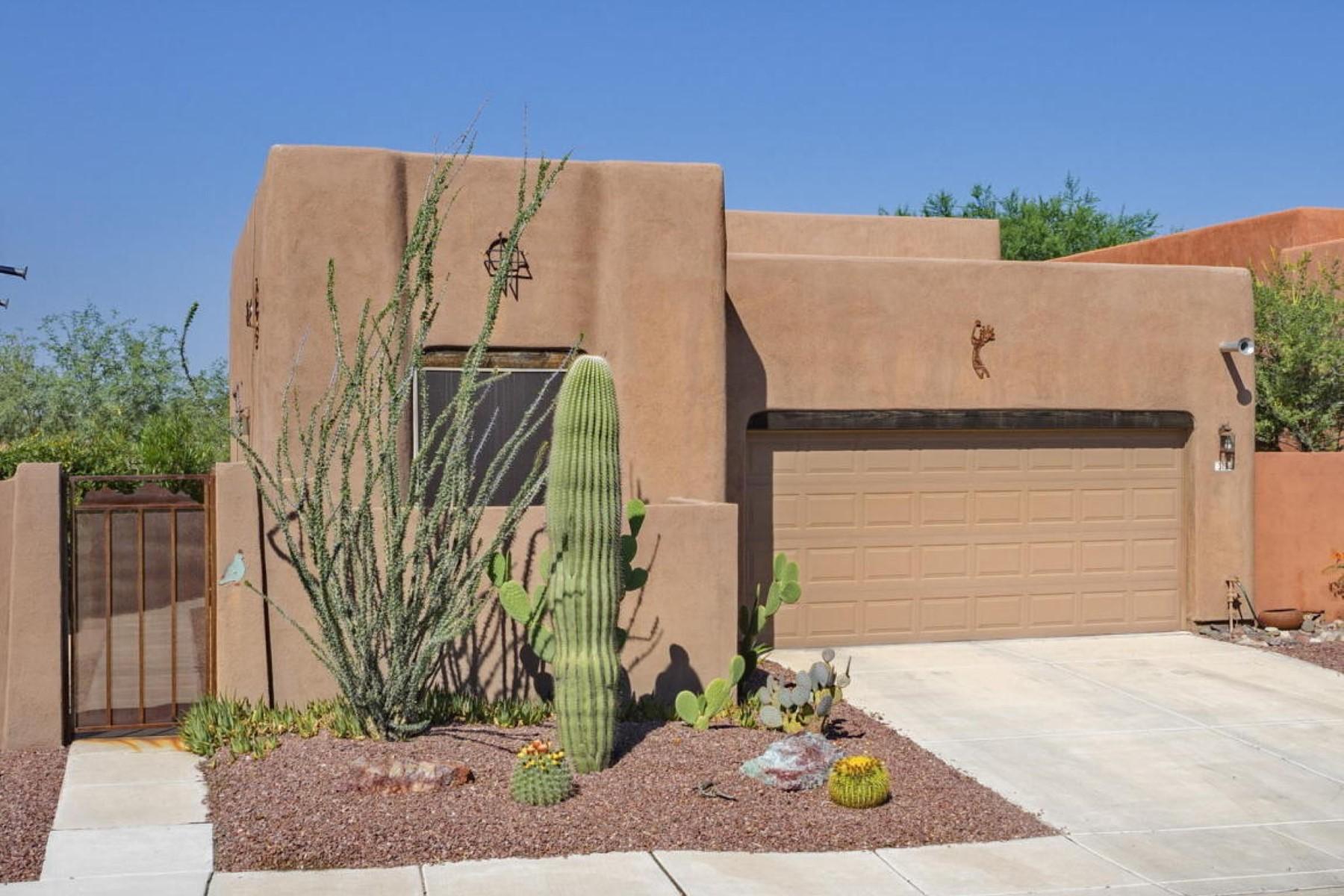 Nhà ở một gia đình vì Bán tại Best street in the subdivision, this home backs to the Pantano River Walk. 313 N Brook Park Drive Tucson, Arizona 85710 Hoa Kỳ