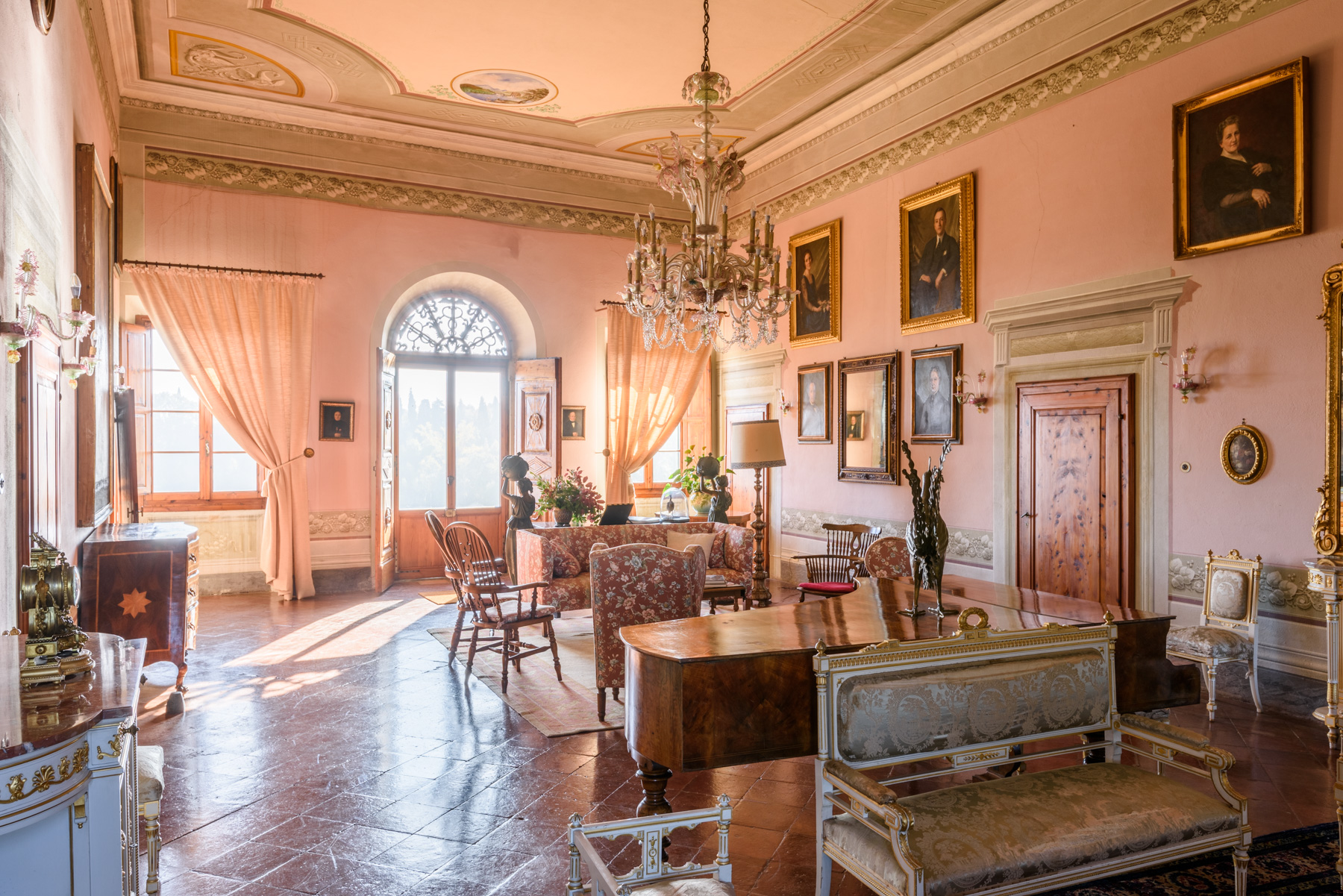Additional photo for property listing at Historic Estate in the Heart of Tuscany: Villa Strozzi in Collegalli Montaione, Florence Italie