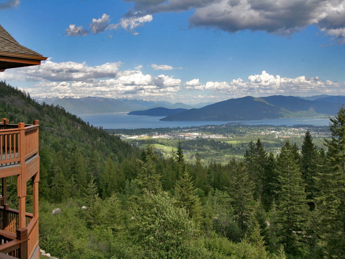 Single Family Home for Sale at Panoramic Vista 20 Acre Estate 70 Jeep Trail Rd Sandpoint, Idaho 83864 United States