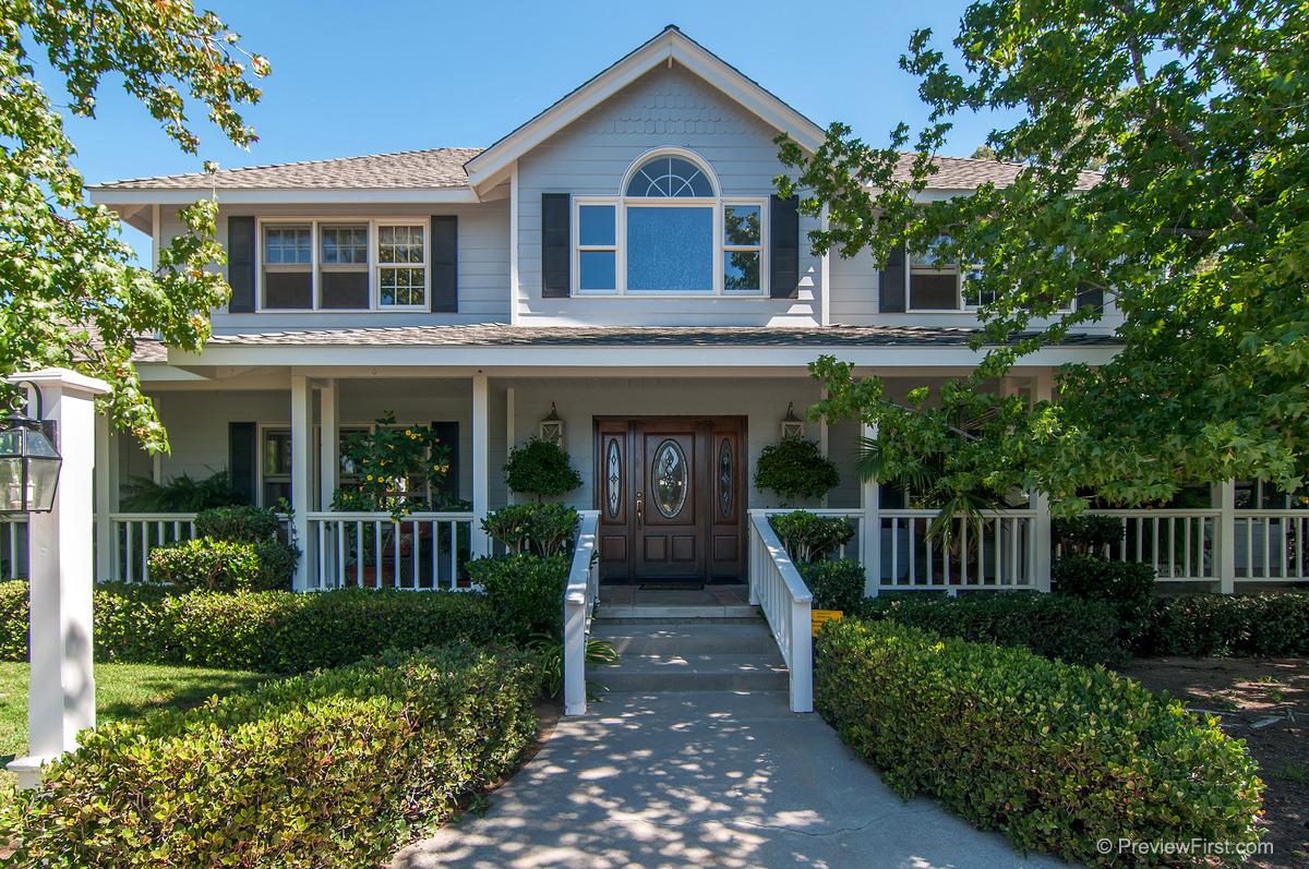 Einfamilienhaus für Verkauf beim 3480 Linda Vista Terrace Fallbrook, Kalifornien 92028 Vereinigte Staaten