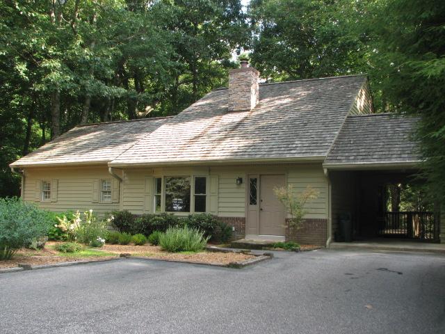 獨棟家庭住宅 為 出售 在 214 Shelby Circle Highlands, 北卡羅來納州 28741 美國