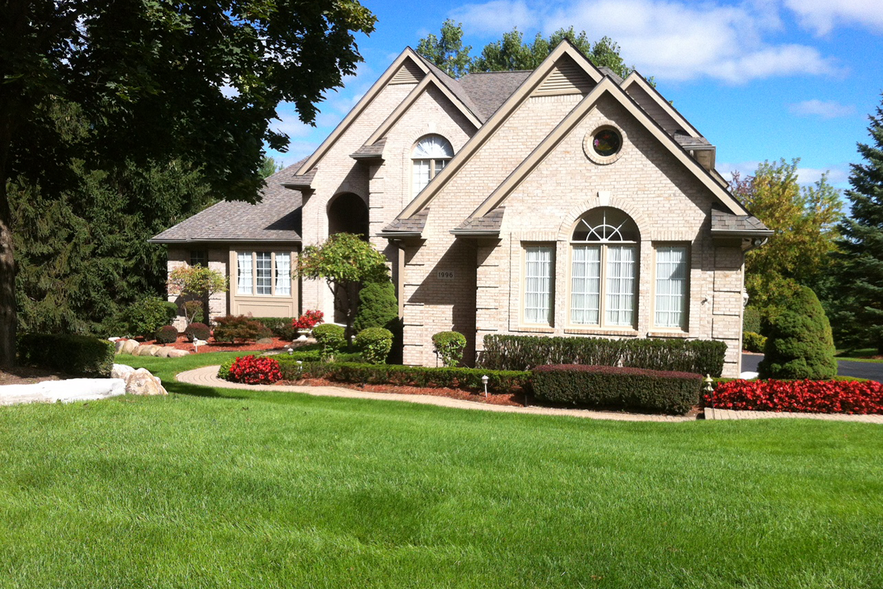 sales property at Rochester Hills