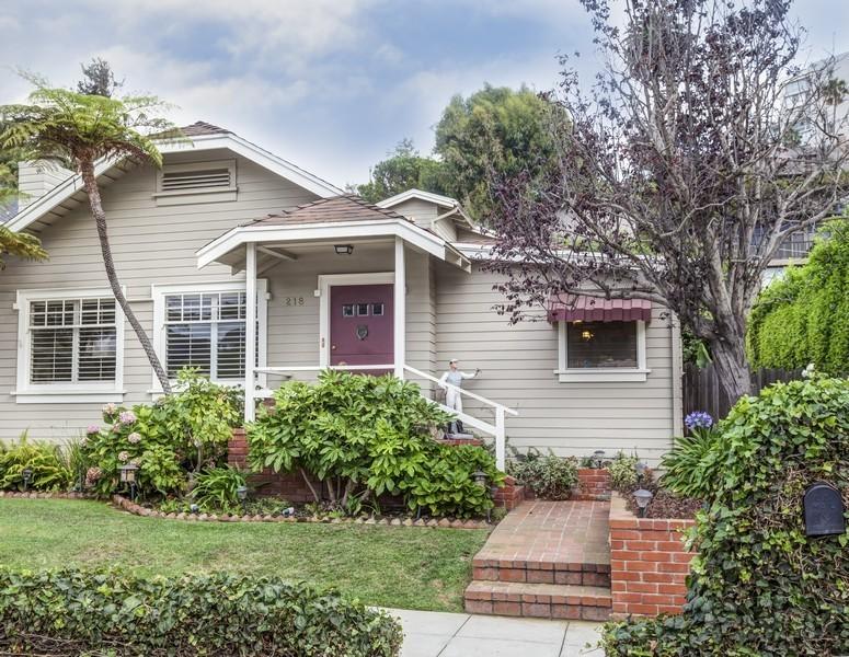 Vivienda unifamiliar por un Venta en 218 Mabery Rd Santa Monica, California 90402 Estados Unidos