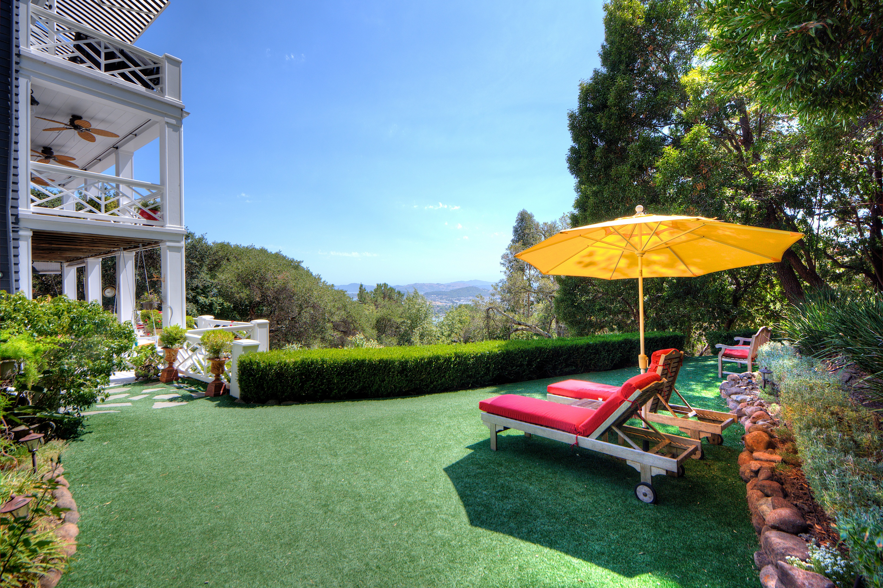 Property For Sale at California Indoor-Outdoor Lifestyle