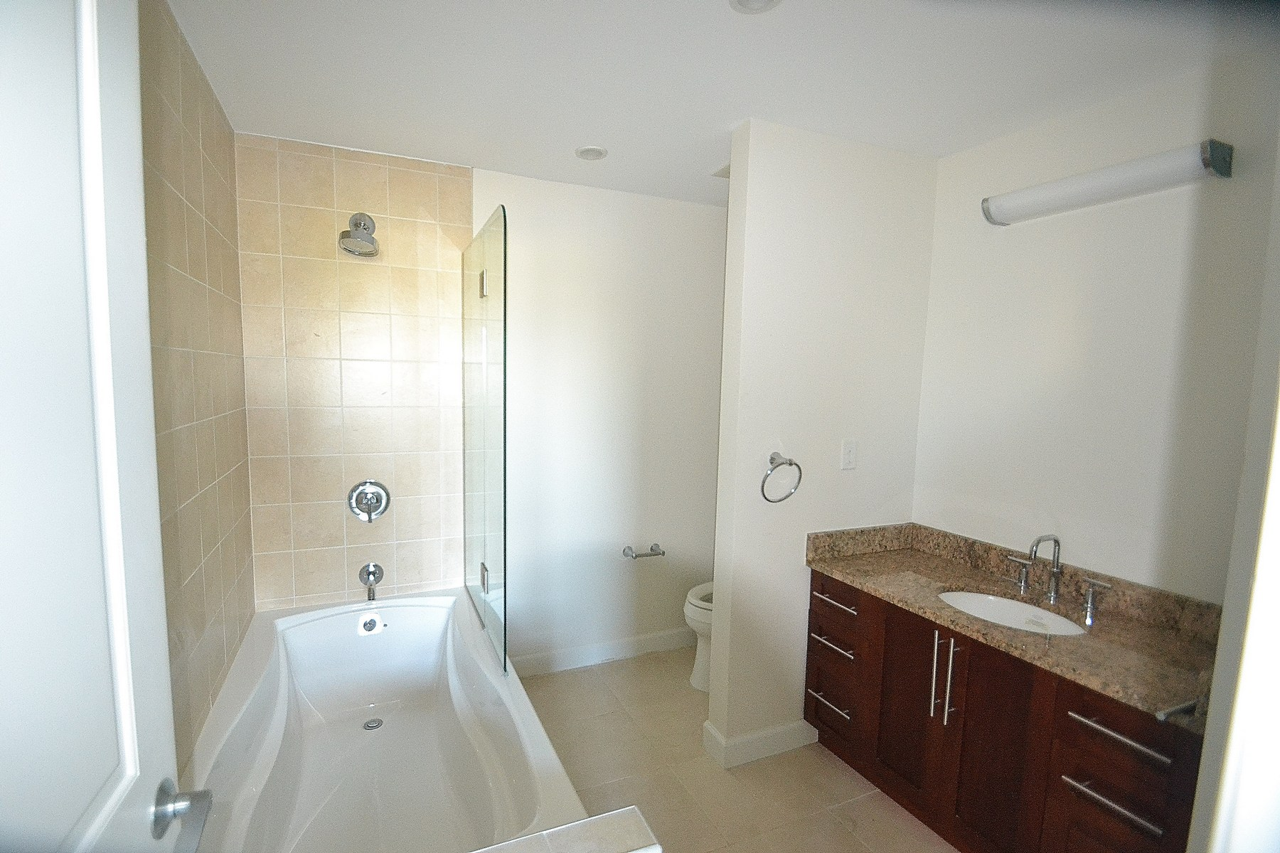 Additional photo for property listing at Seaflowers Townhome - Unit 12 海龟湾, 普罗维登夏 特克斯和凯科斯群岛