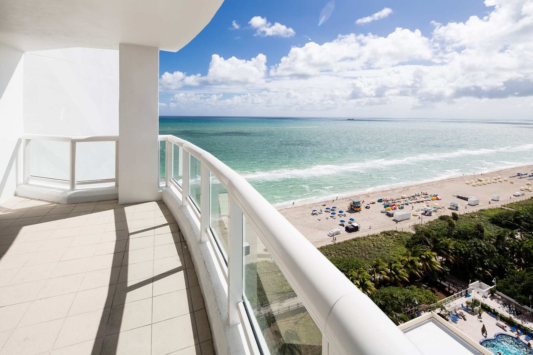 Property For Sale at 4201 Collins Ave #1601