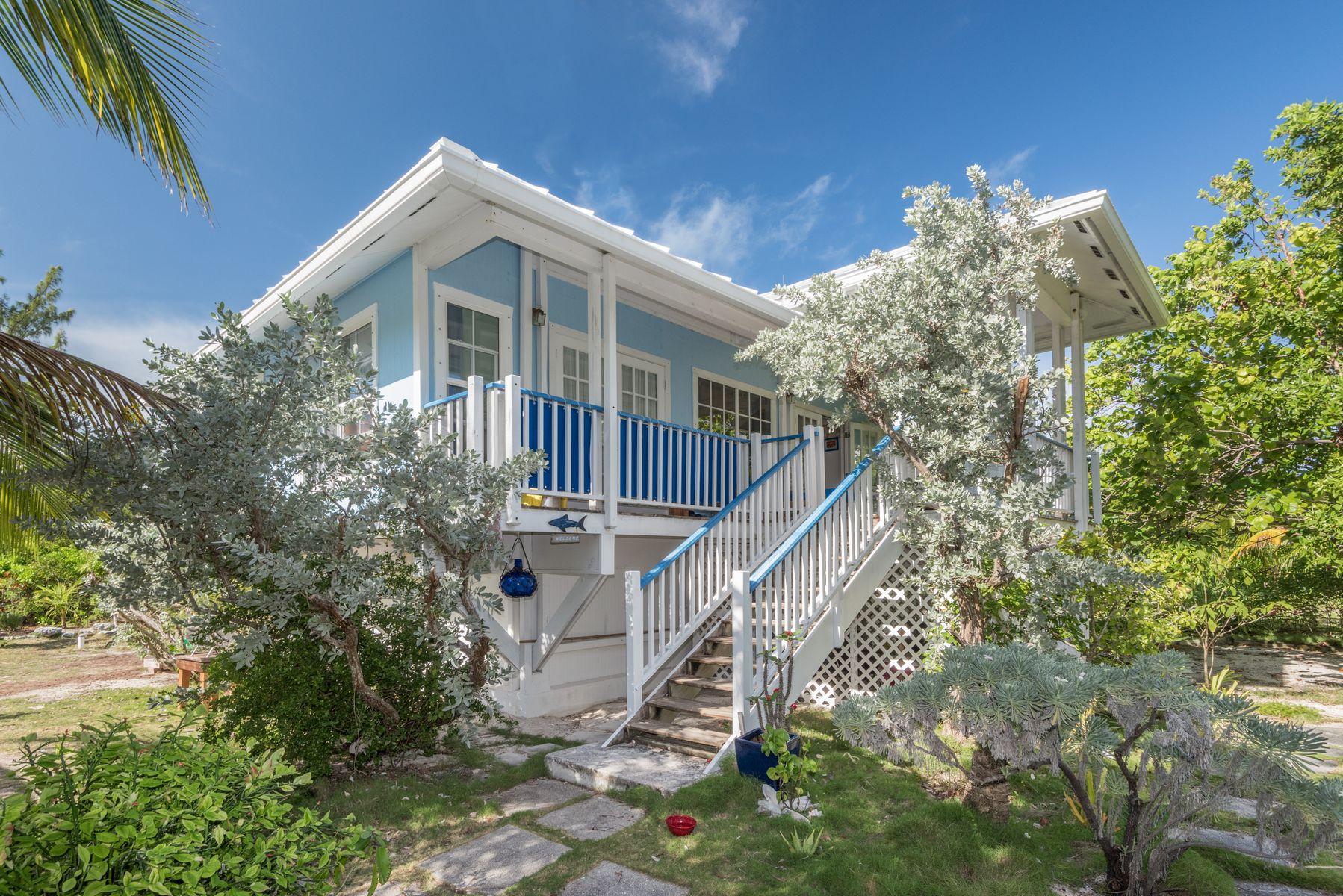 Maison unifamiliale pour l Vente à Cloud Nine Elbow Cay Hope Town, Abaco Bahamas