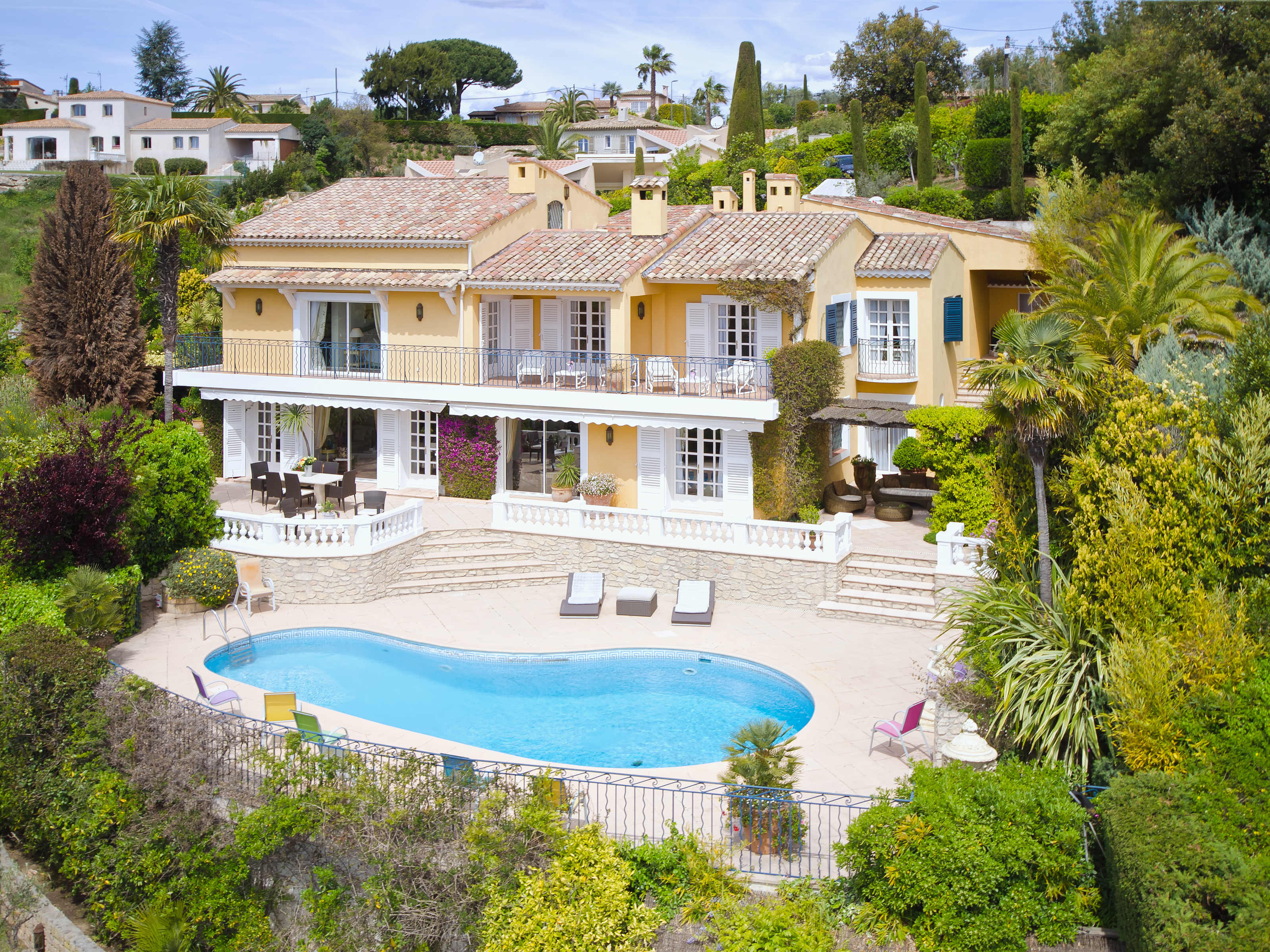 Single Family Home for Sale at SOLE AGENT - Beautiful Provencal Style villa, panoramic sea view Super Cannes Cannes, Provence-Alpes-Cote D'Azur 06400 France