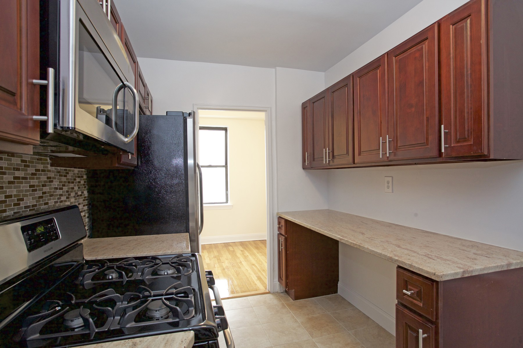 Co-op for Sale at Spacious JR 4 Sponsor Apartment Riverdale, New York, 10463 United States