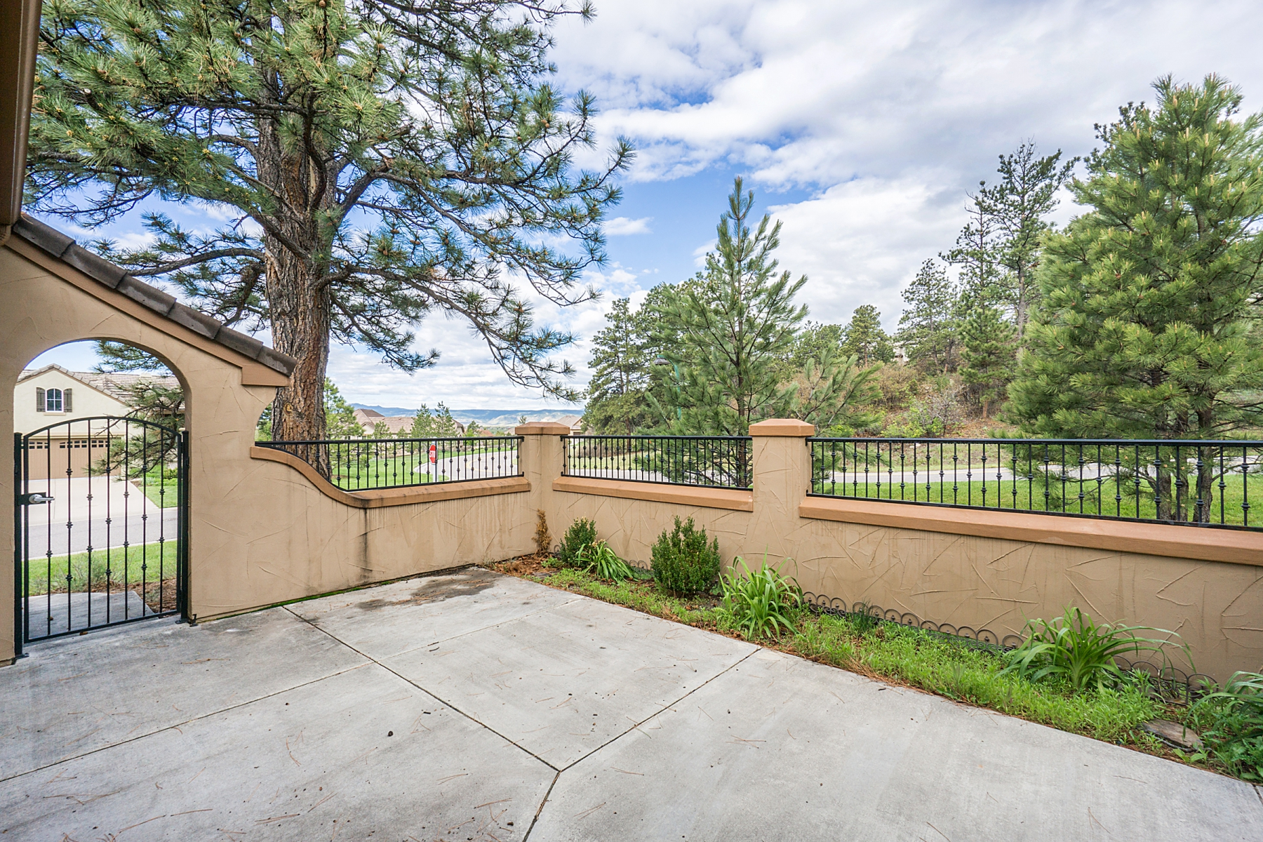 Single Family Home for Sale at 5092 Hidden Pond Pl Castle Pines Village, Castle Rock, Colorado 80108 United States