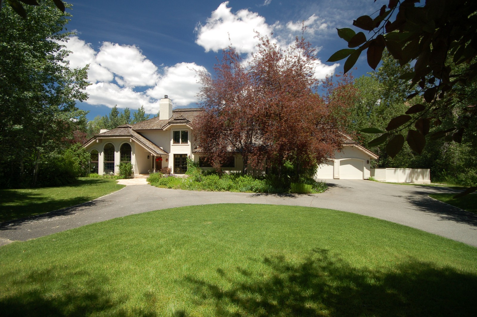 Vivienda unifamiliar por un Venta en Mid-Valley Home 238 Teal Drive Hailey, Idaho 83333 Estados Unidos