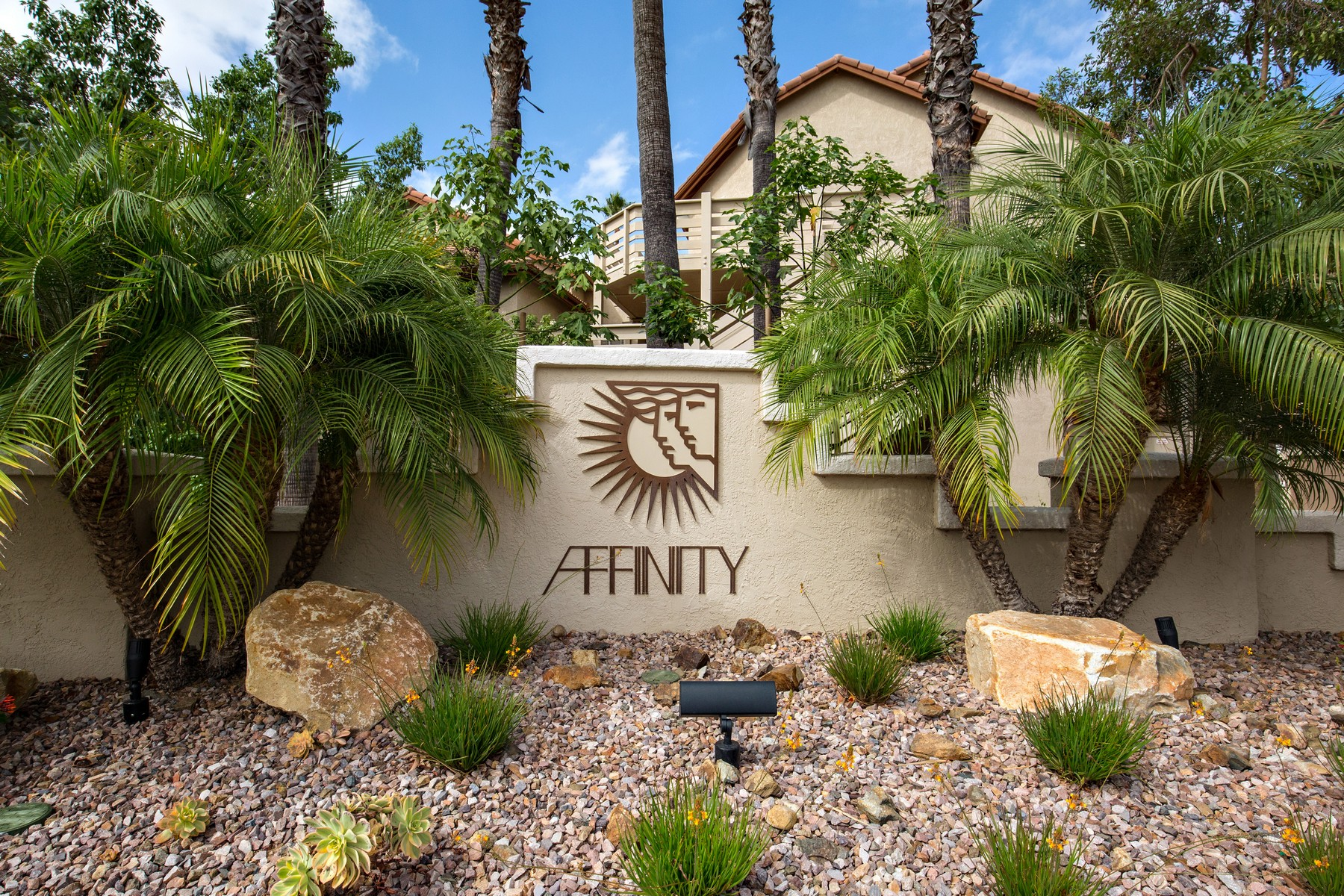 Additional photo for property listing at 11325  Affinity Court 135 11325  Affinity Court 157 San Diego, Калифорния 92131 Соединенные Штаты