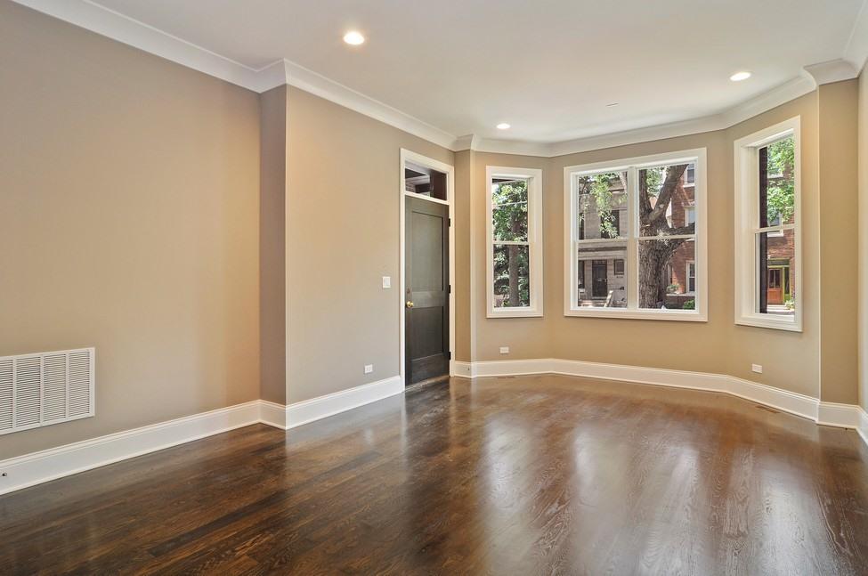 콘도미니엄 용 매매 에 Looking For A High Quality Building, Here It Is 1650 W Belmont Avenue Unit 3E Lakeview, Chicago, 일리노이즈 60657 미국