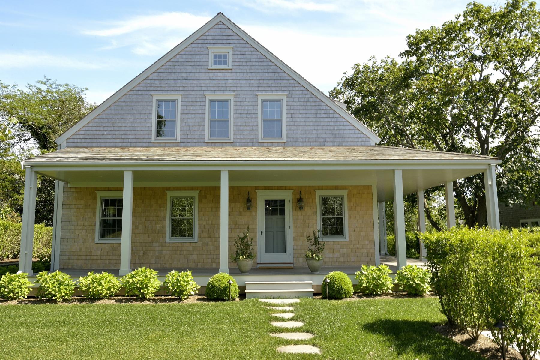 Частный односемейный дом для того Продажа на Timeless Masterpiece 36 West Chester Street Nantucket, Массачусетс 02554 Соединенные Штаты