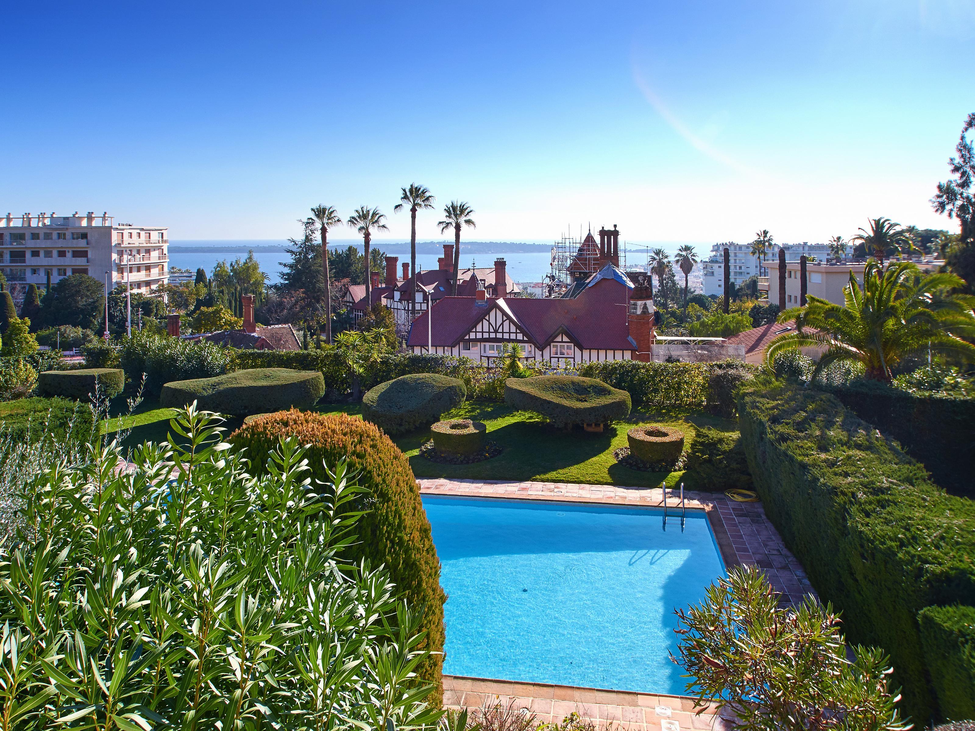 Moradia para Venda às Apartment - Sea views - Cannes Cannes, Provença-Alpes-Costa Azul 06400 França