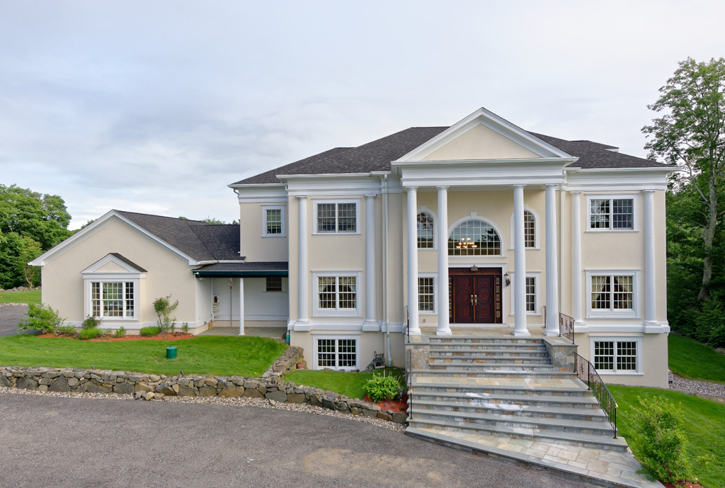Villa per Vendita alle ore Kingdom Ridge 11 Kingdom Ridge Road Bedford, New York 10506 Stati Uniti
