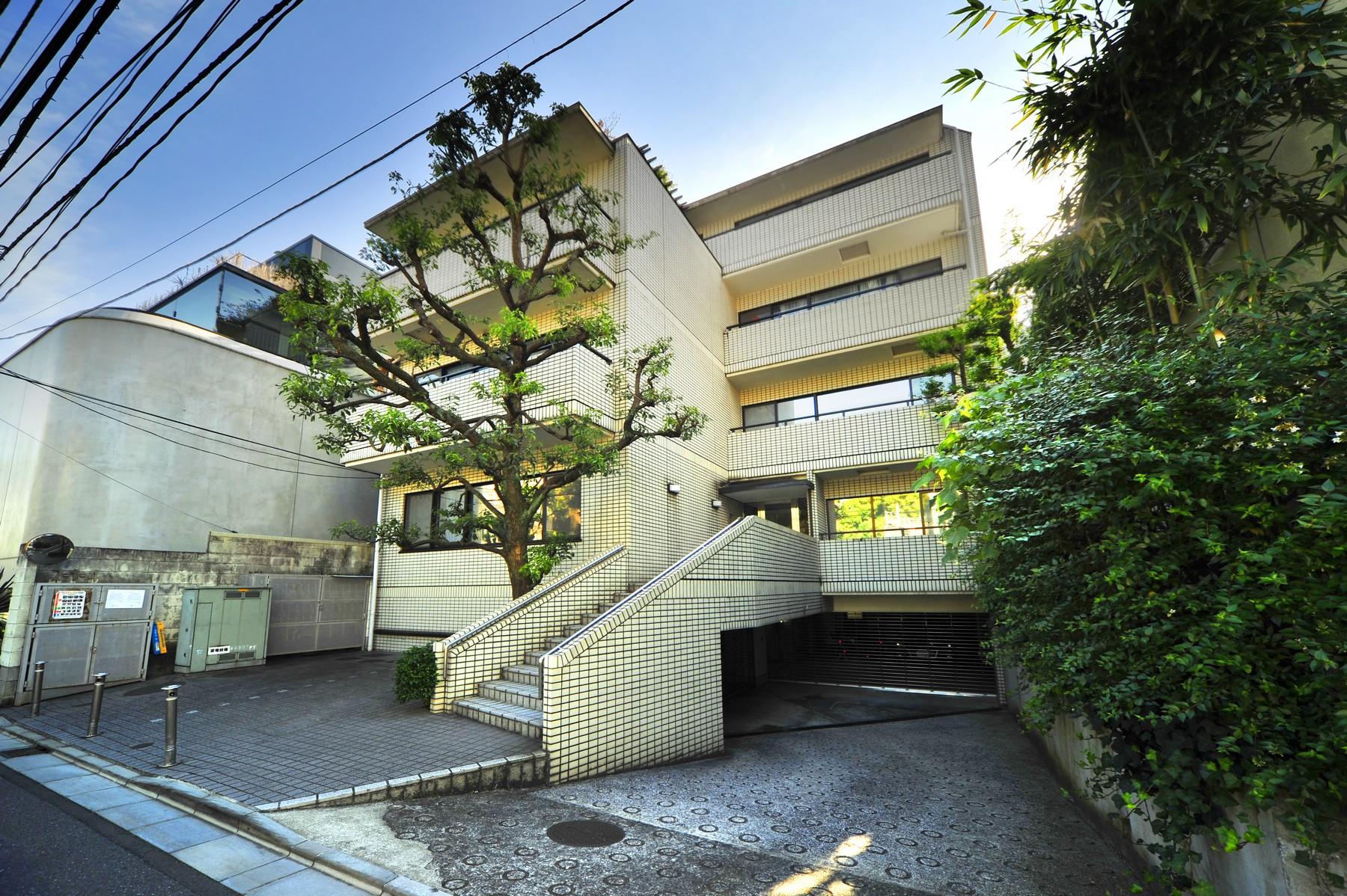 Appartement pour l Vente à M.H.H Motoazabu Motoazabu, Minato-Ku, Tokyo Japon