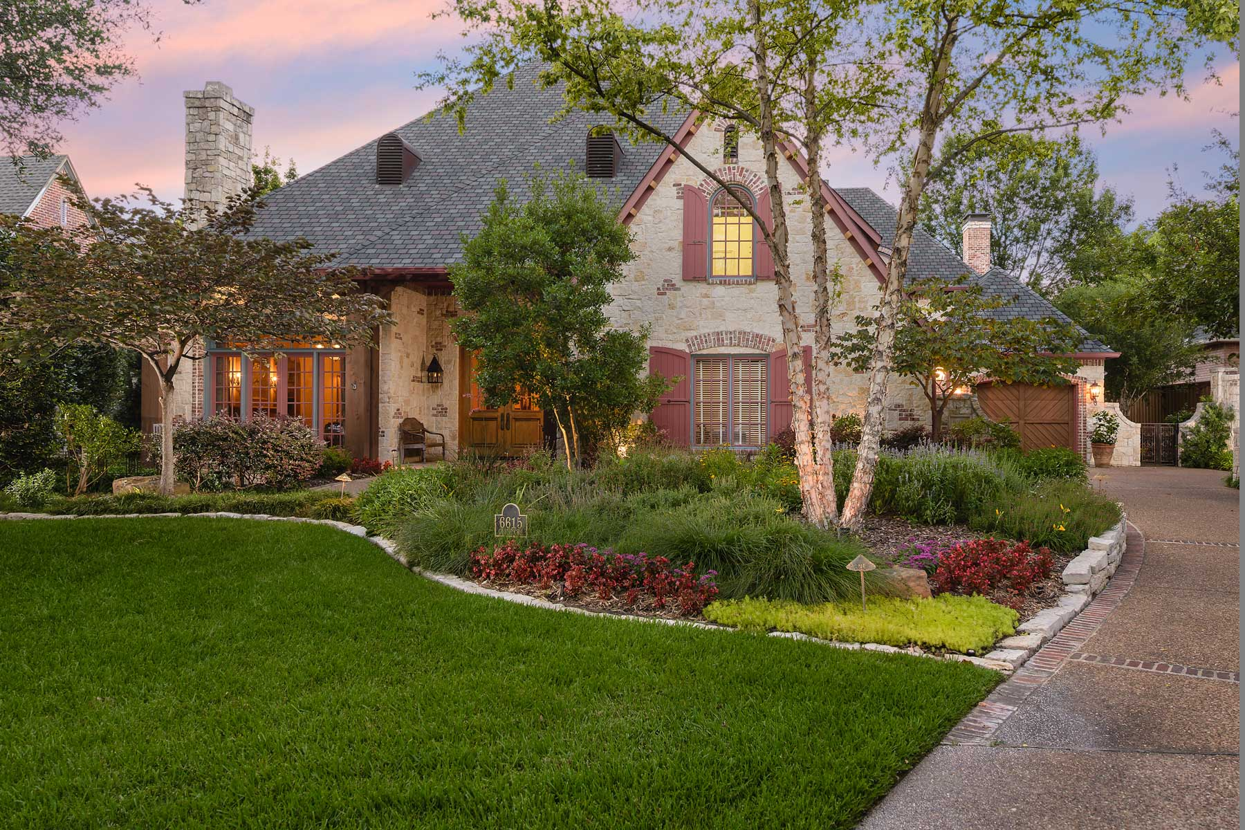 단독 가정 주택 용 매매 에 Absolutely Magnificent Oscar Ponder French Country Home 6615 Glendora Avenue Dallas, 텍사스, 75230 미국