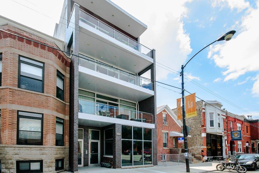 Eigentumswohnung für Verkauf beim Modern Boutique Building In Ukranian Village 2515 W Chicago Avenue Unit 2 Chicago, Illinois 60622 Vereinigte Staaten