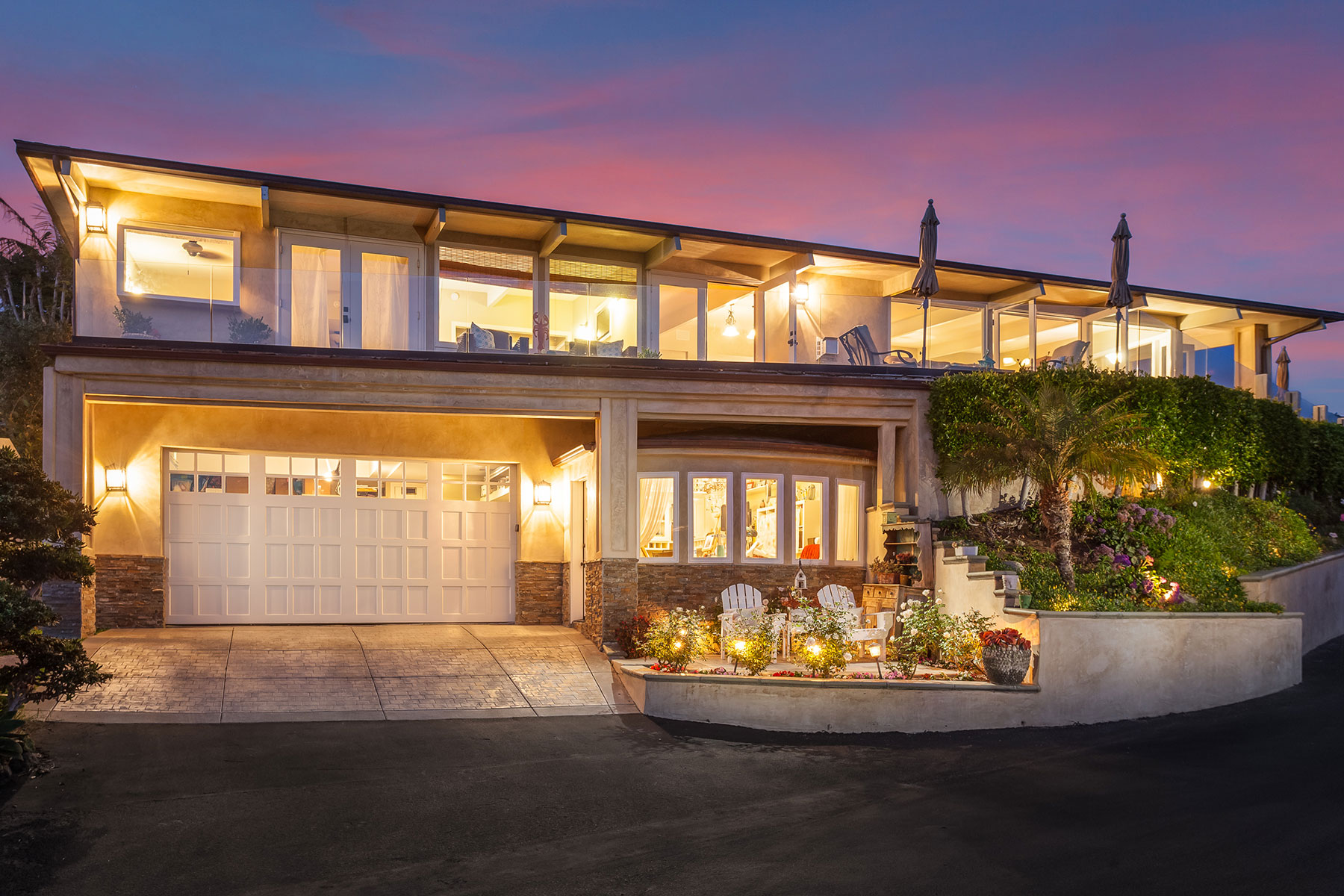 Single Family Home for Sale at 4 Lagunita Laguna Beach, California, 92651 United States
