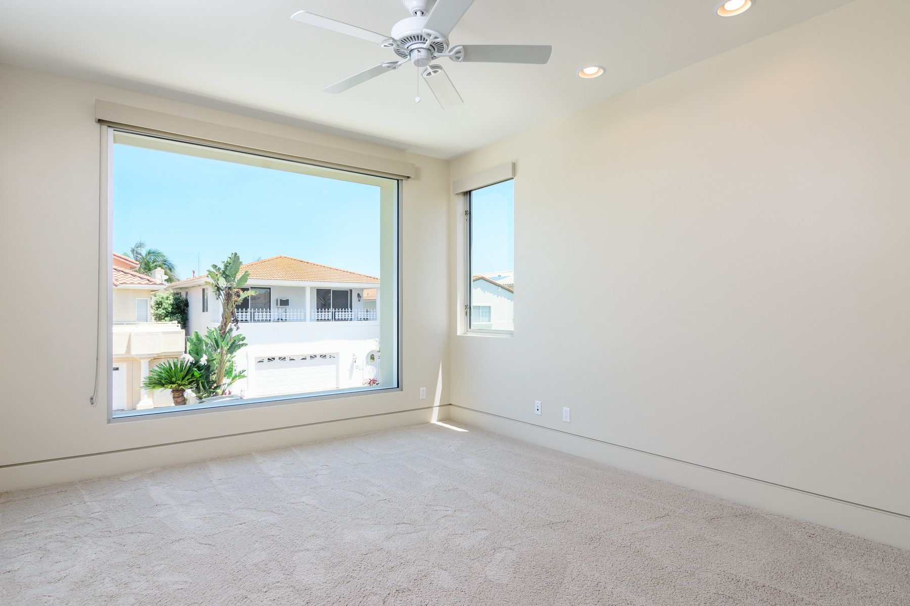 Additional photo for property listing at 16 The Point  Coronado, Californie 92118 États-Unis
