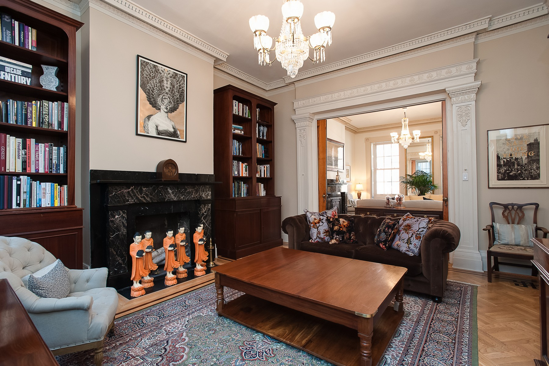 联栋屋 为 销售 在 Historic 1837 Paulus Hook Greek Revival Townhouse 103 Grand Street 泽西城, 新泽西州 07302 美国