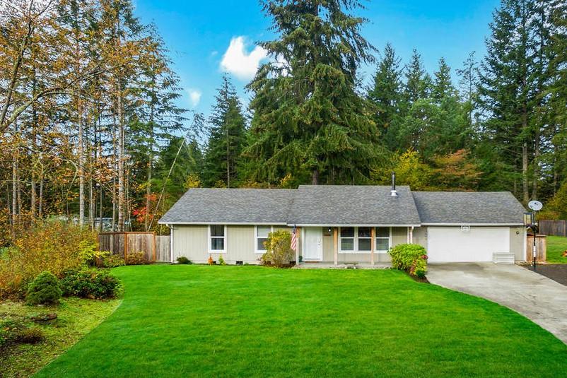 Частный односемейный дом для того Продажа на Forest Glen Rambler 14664 Forest Glen RD SW Port Orchard, Вашингтон, 98367 Соединенные Штаты