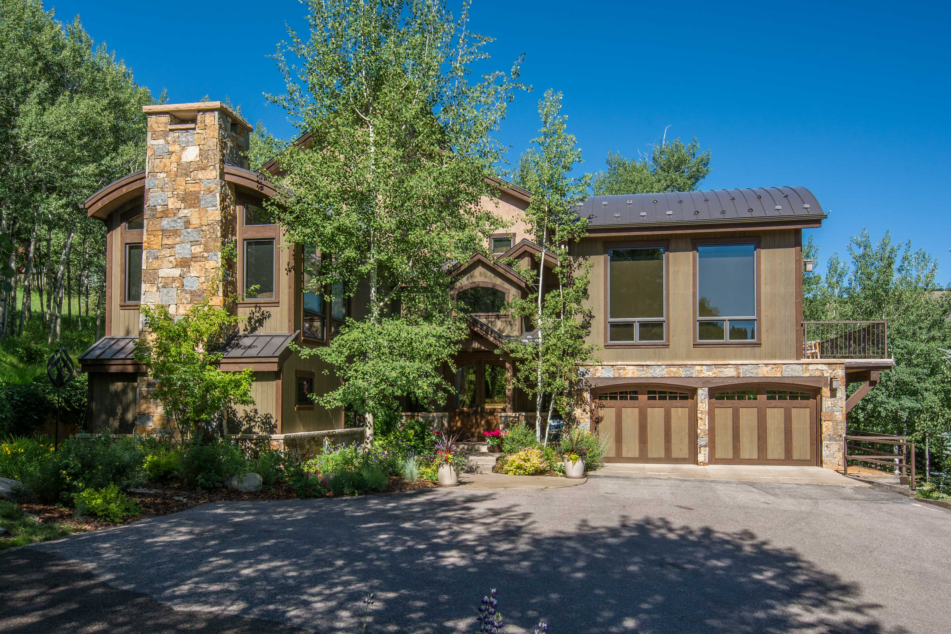 Single Family Home for Sale at One-Of-A-Kind Ski Home 435 Faraway Snowmass Village, Colorado, 81615 United States