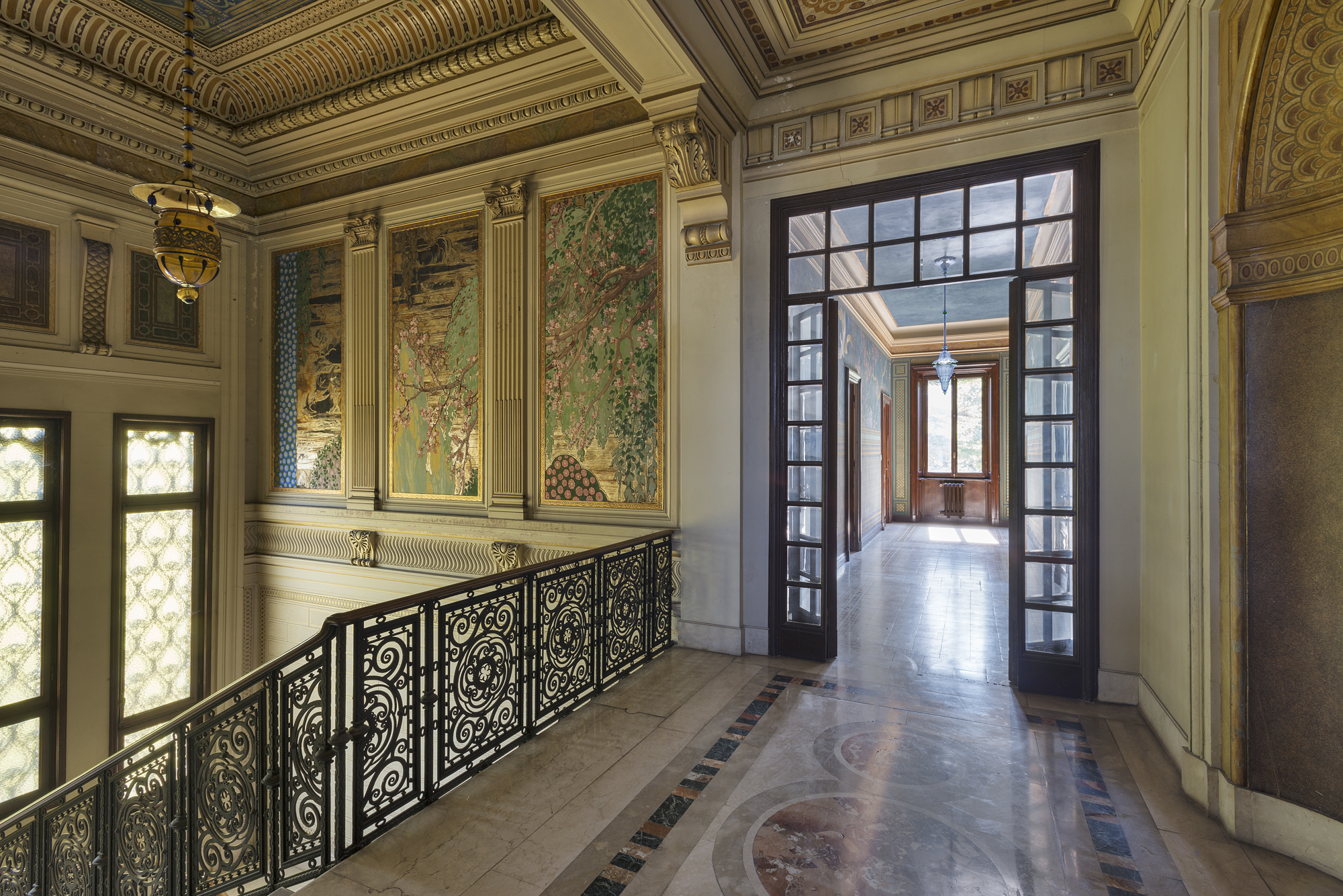 Additional photo for property listing at Beautiful Art Nouveau villa viale 1° Maggio Salsomaggiore Terme, Parma 43125 Italien