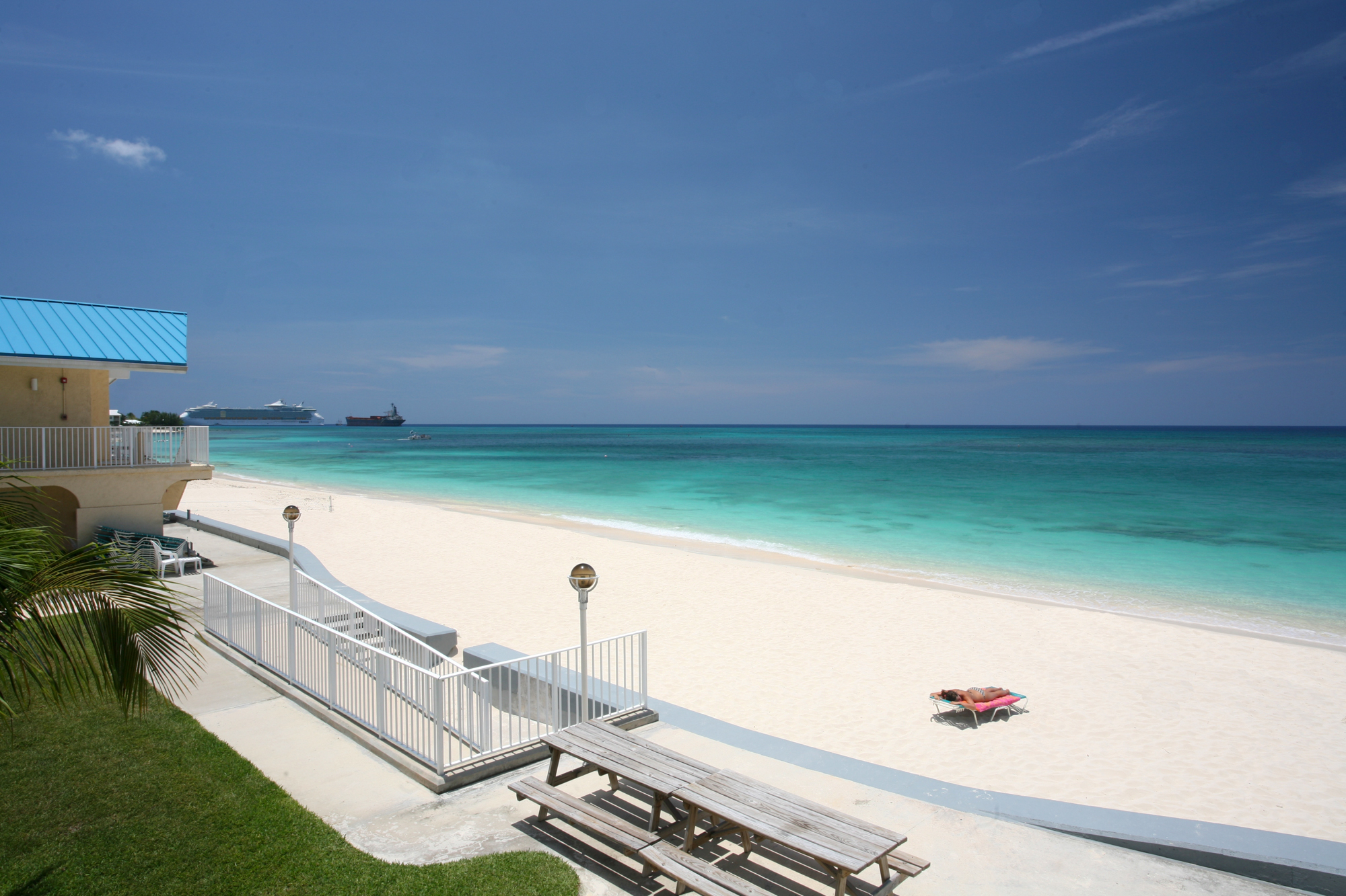 rentals property at Cayman Reef Resort
