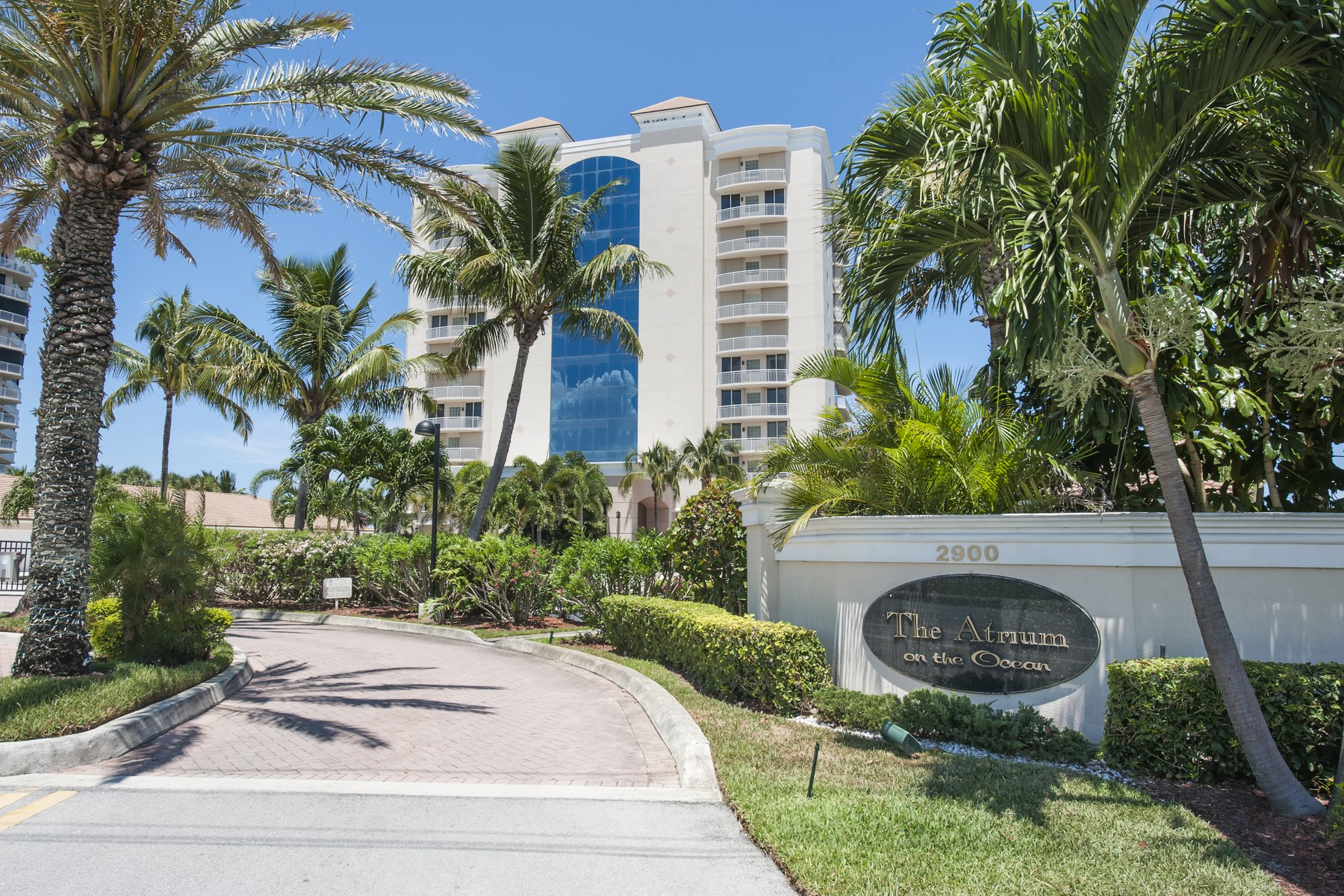 Property For Sale at Oceanfront penthouse at The Atrium