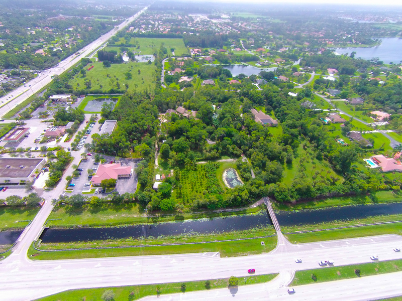Villa per Vendita alle ore 4200 S State Road 7 Lake Worth, Florida, 33449 Stati Uniti