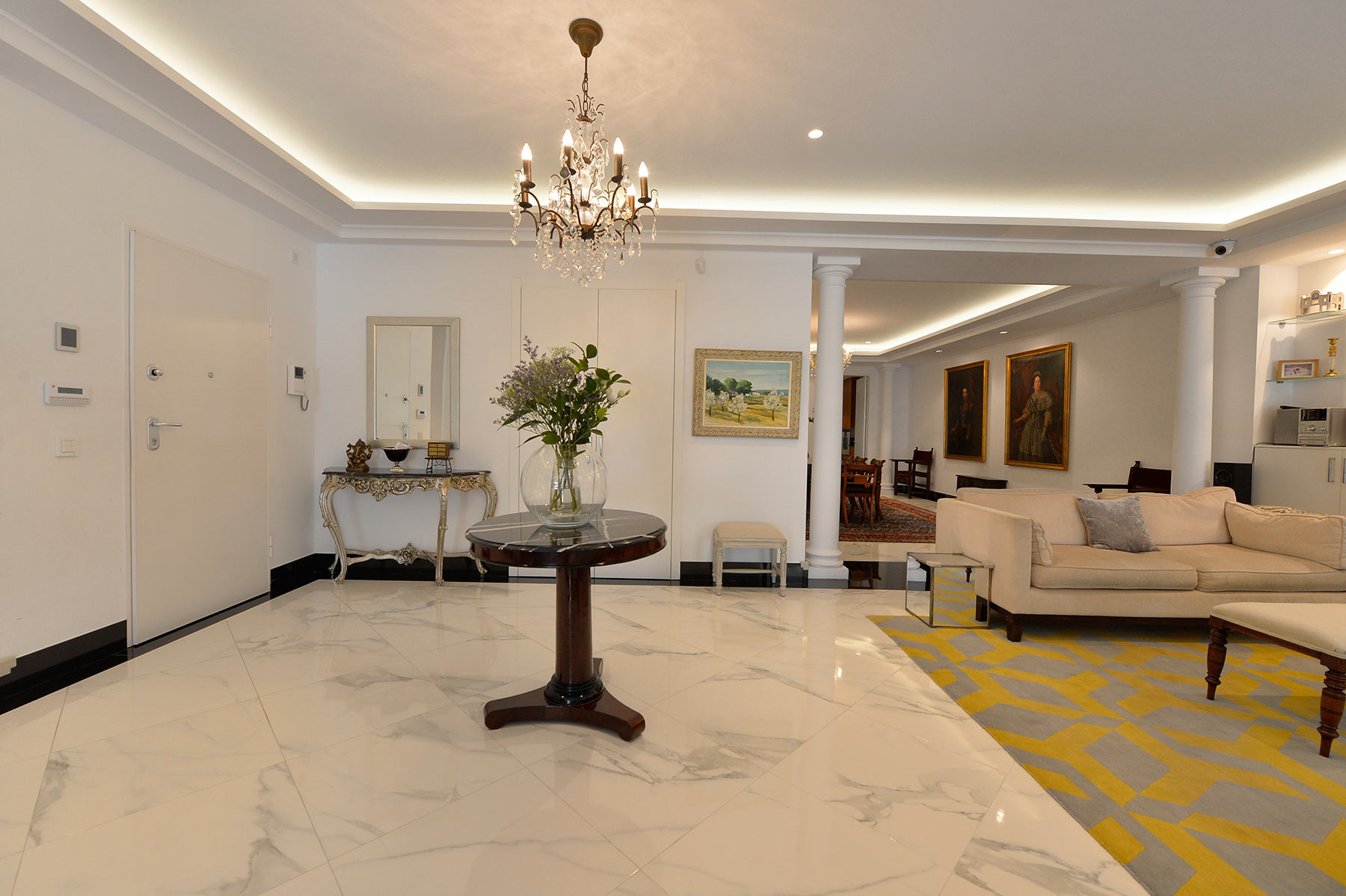 Single Family Home for Sale at Espectacular piso de 500 metros Other Spain, Other Areas In Spain, Spain
