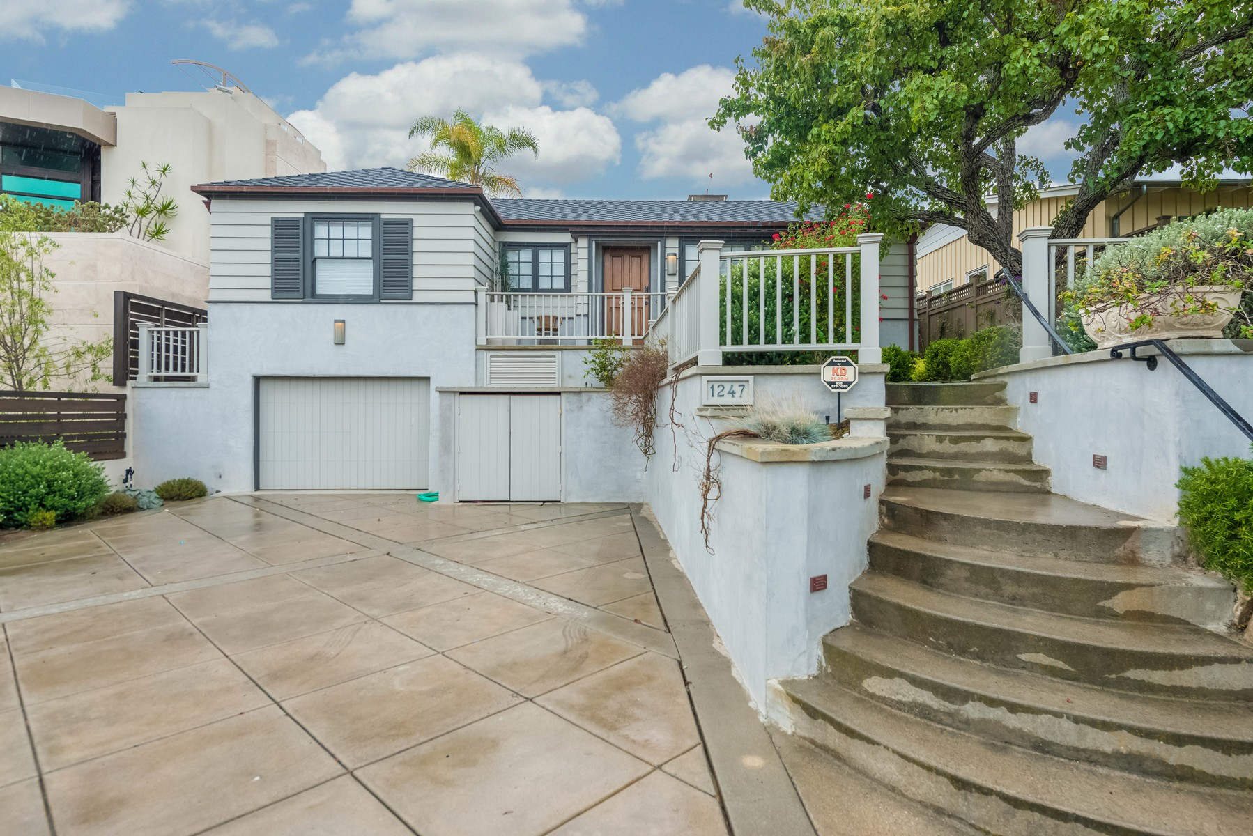 Additional photo for property listing at 1247 Silverado Street  La Jolla, California 92037 Estados Unidos