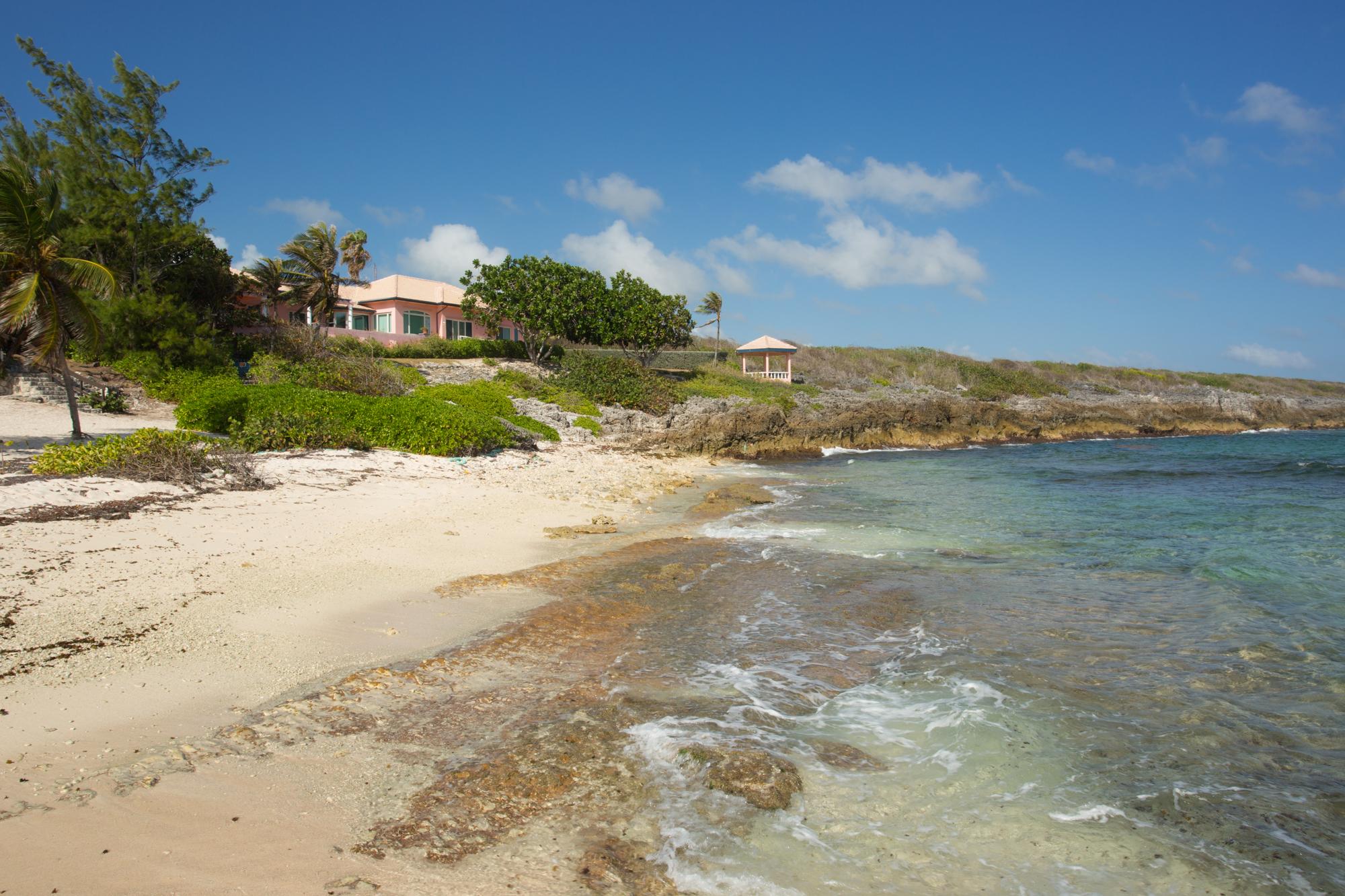 一戸建て のために 賃貸 アット Luxury ocean front rental Beach Bay Drive Beach Bay Savannah, グランドケイマン, KY1 ケイマン諸島