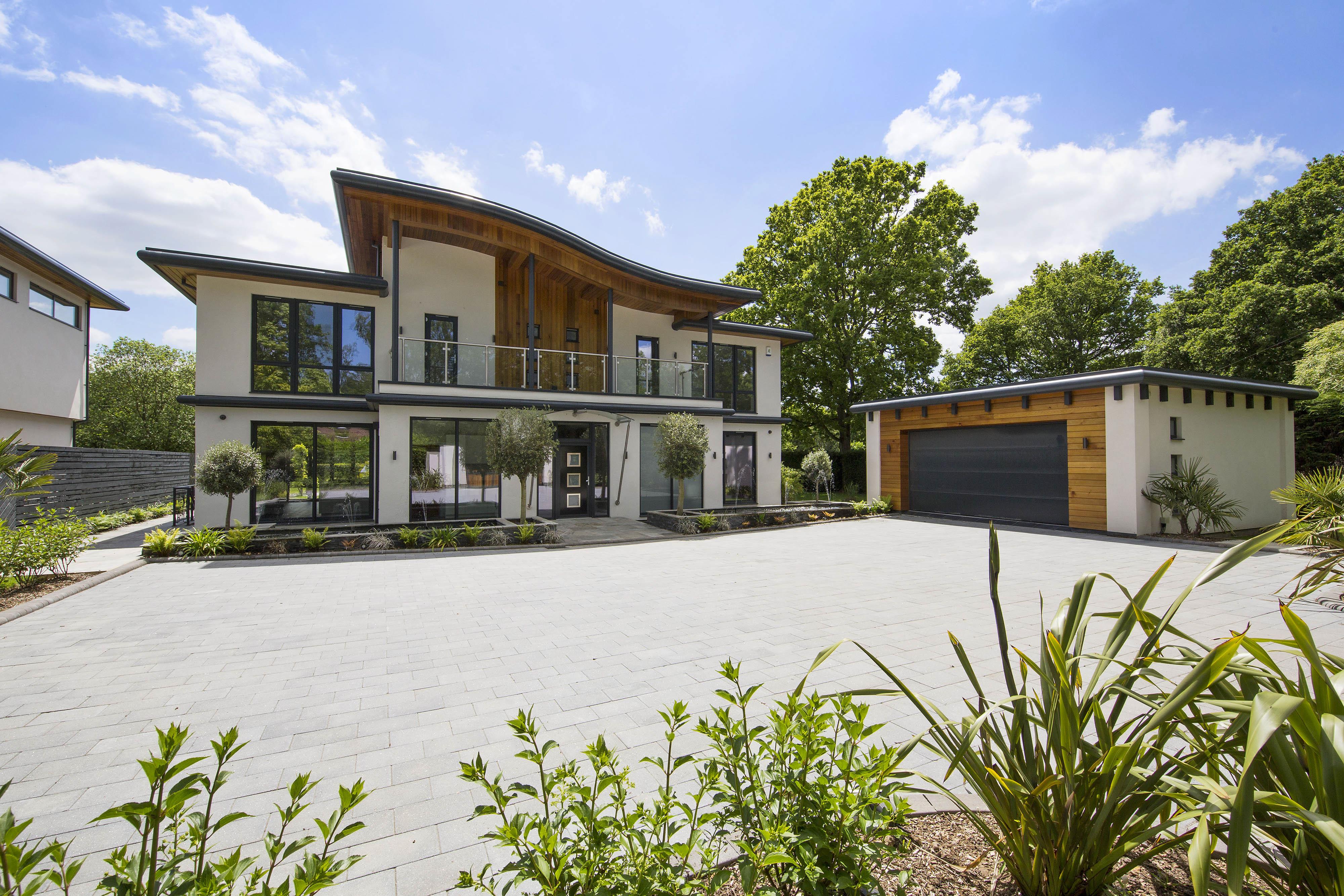 Single Family Home for Sale at Kingswood Sandy Lane Other England, England KT206NE United Kingdom
