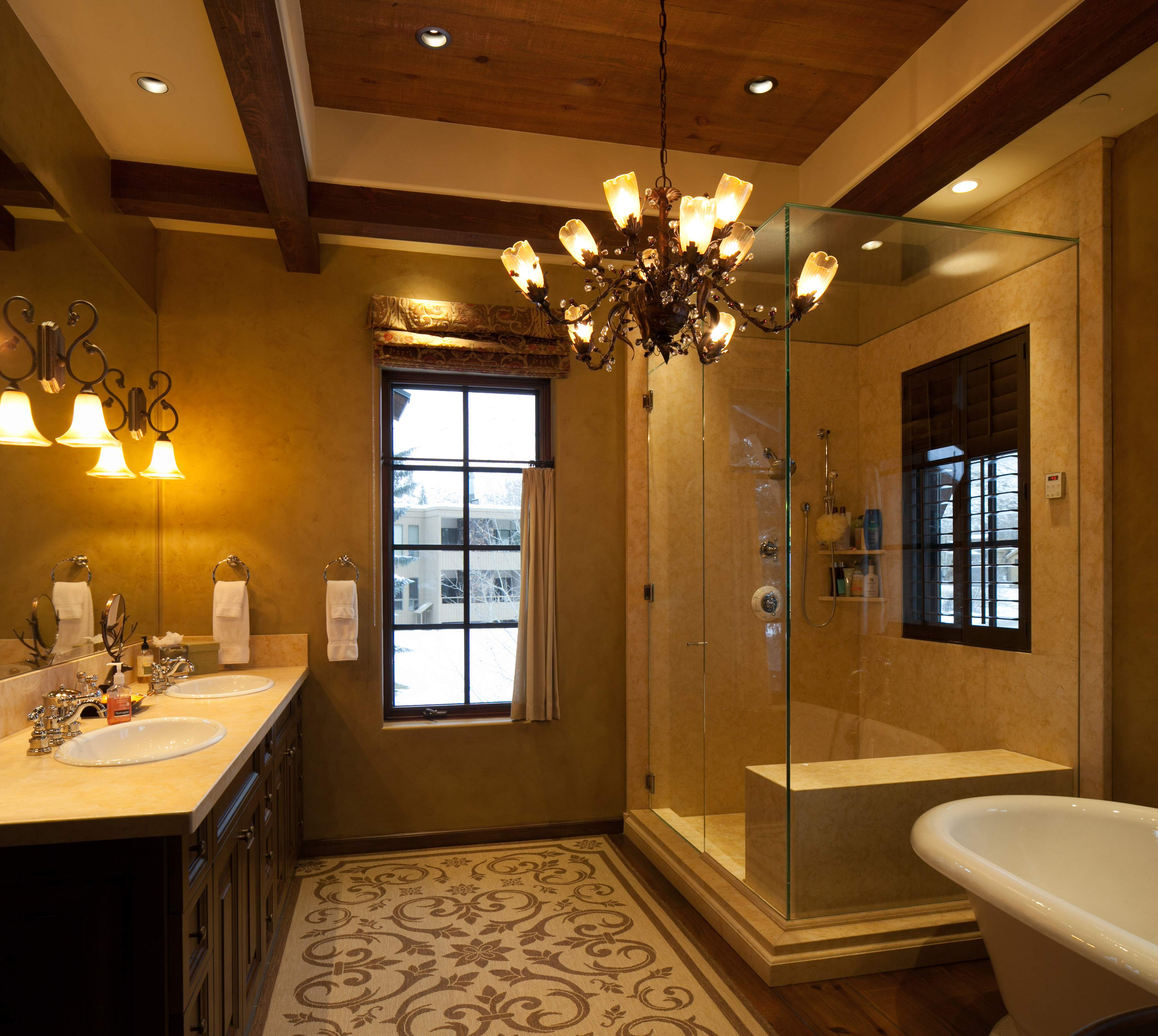 Additional photo for property listing at Luxurious Ski Retreat 119 Ritchie Dr. Ketchum, Idaho 83340 États-Unis