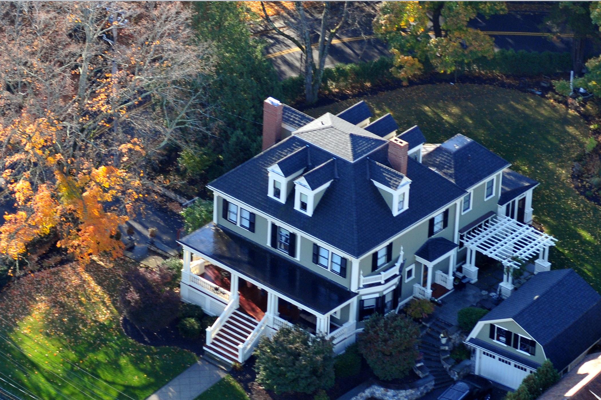 Частный односемейный дом для того Продажа на Landmark Home in Downtown Lexington 1536 Massachusetts Ave Lexington, Массачусетс, 02420 Соединенные Штаты